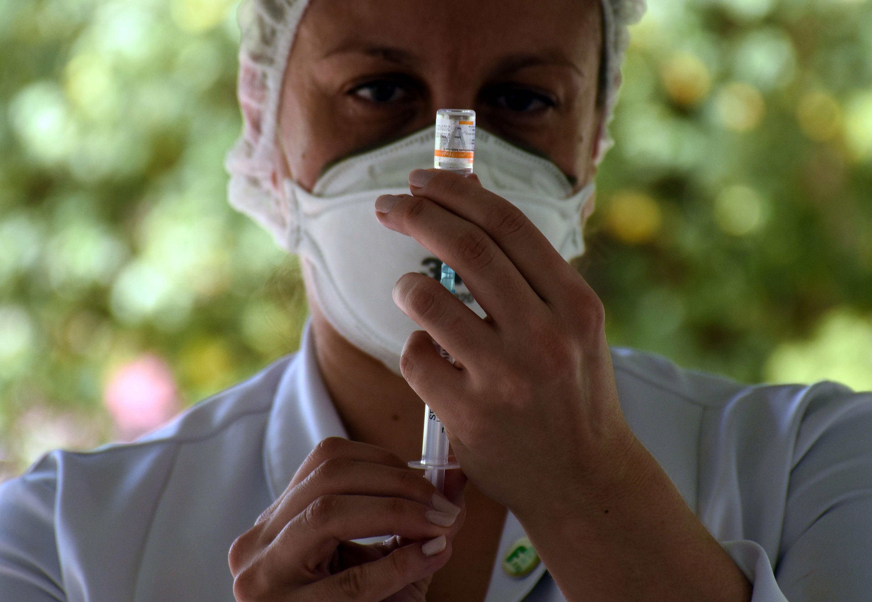 """IMAGEM: 69 países aceitaram """"cláusula de responsabilização"""" da Pfizer"""
