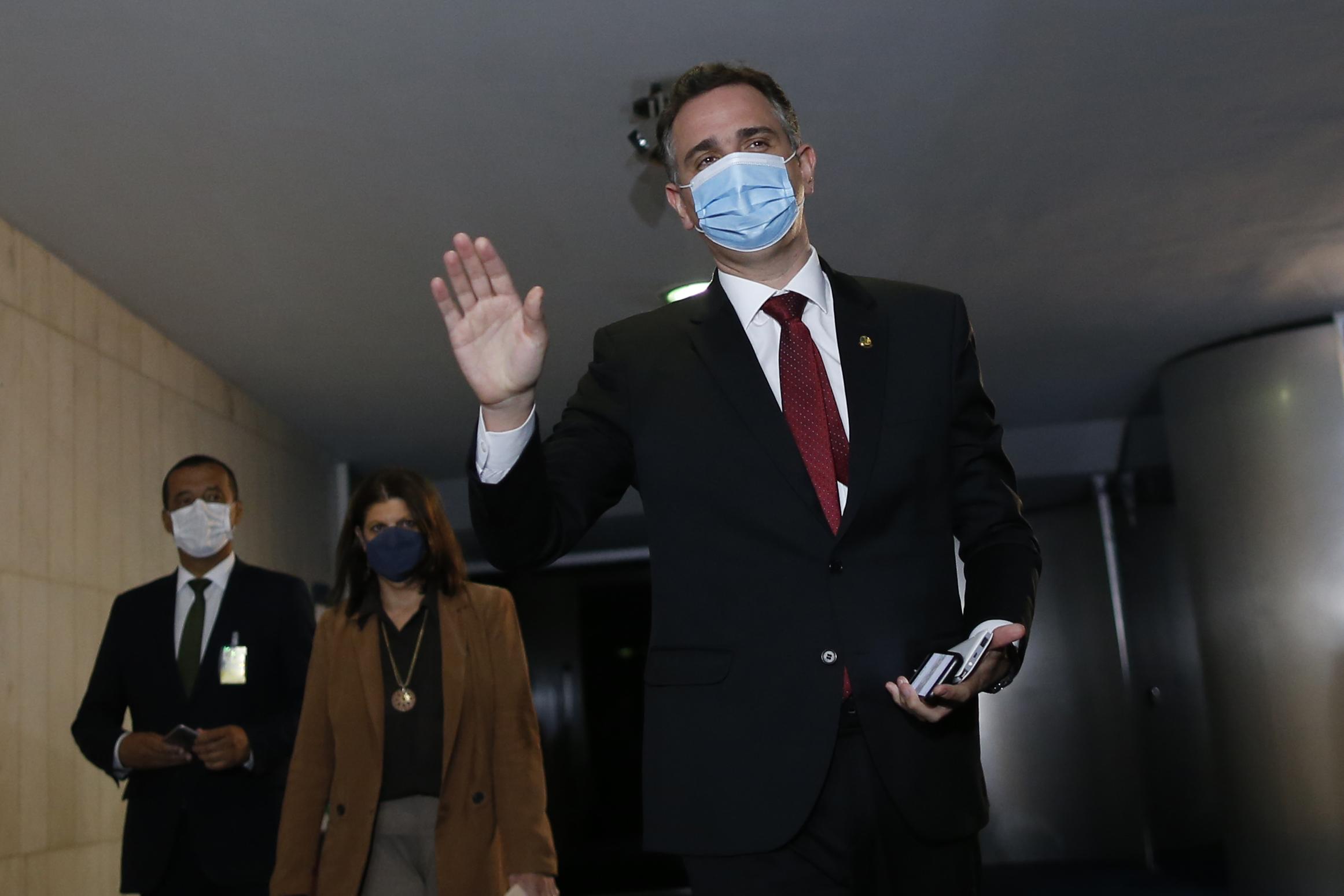 """IMAGEM: """"Teremos julgamentos jurídicos, políticos e morais"""", afirma Rodrigo Pacheco sobre condução da pandemia"""