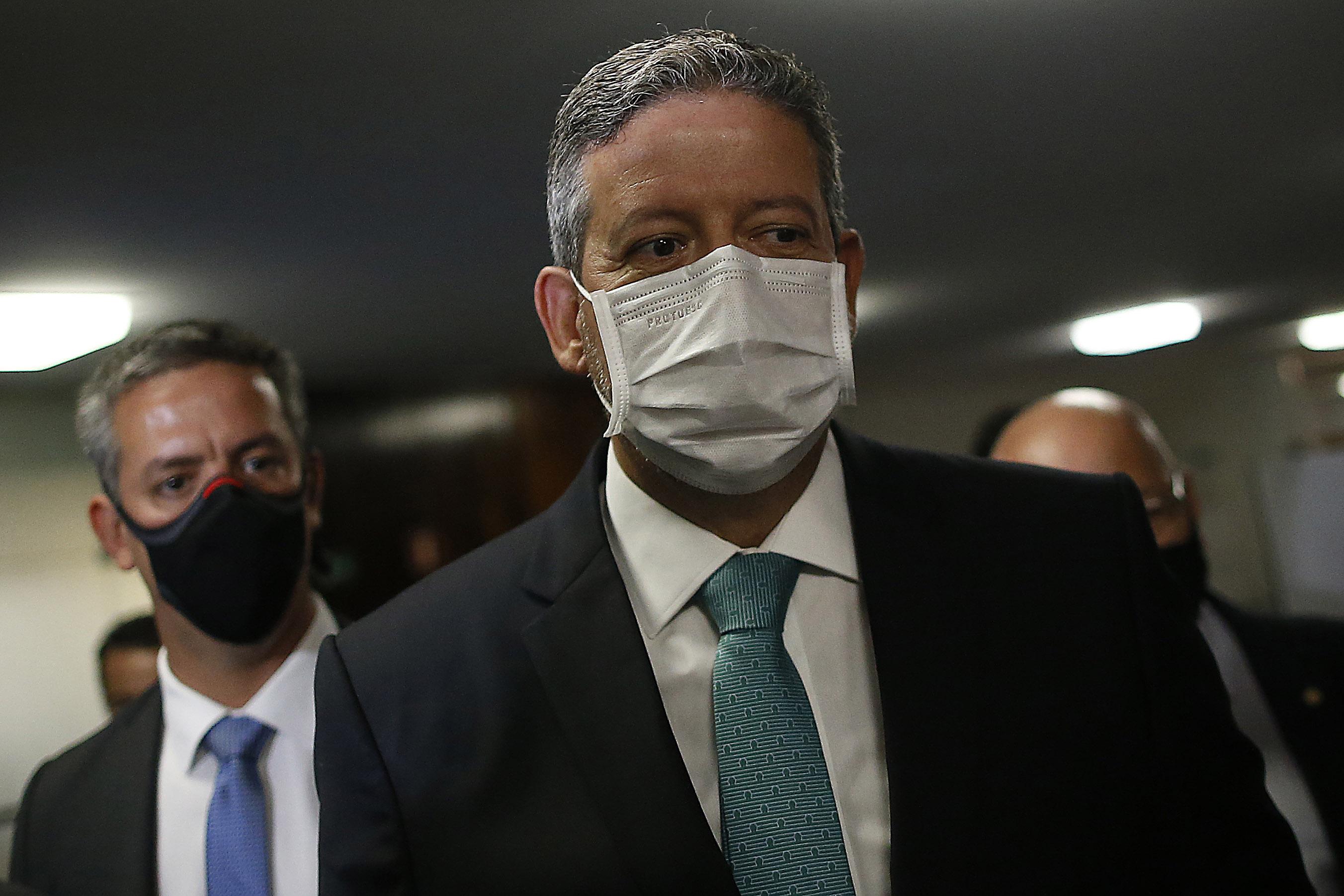 IMAGEM: Por que Arthur Lira mudou a relatoria do caso Daniel Silveira (2)