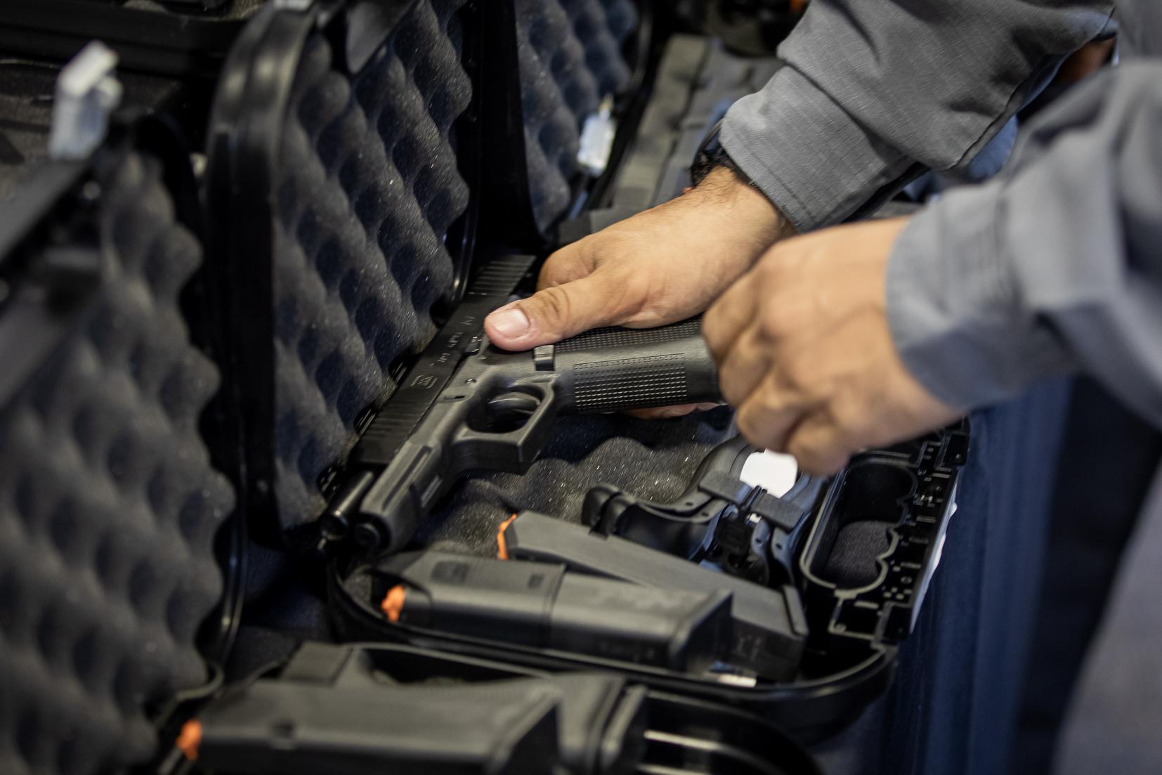 IMAGEM: STF inicia julgamento dos decretos das armas com dois votos pela suspensão