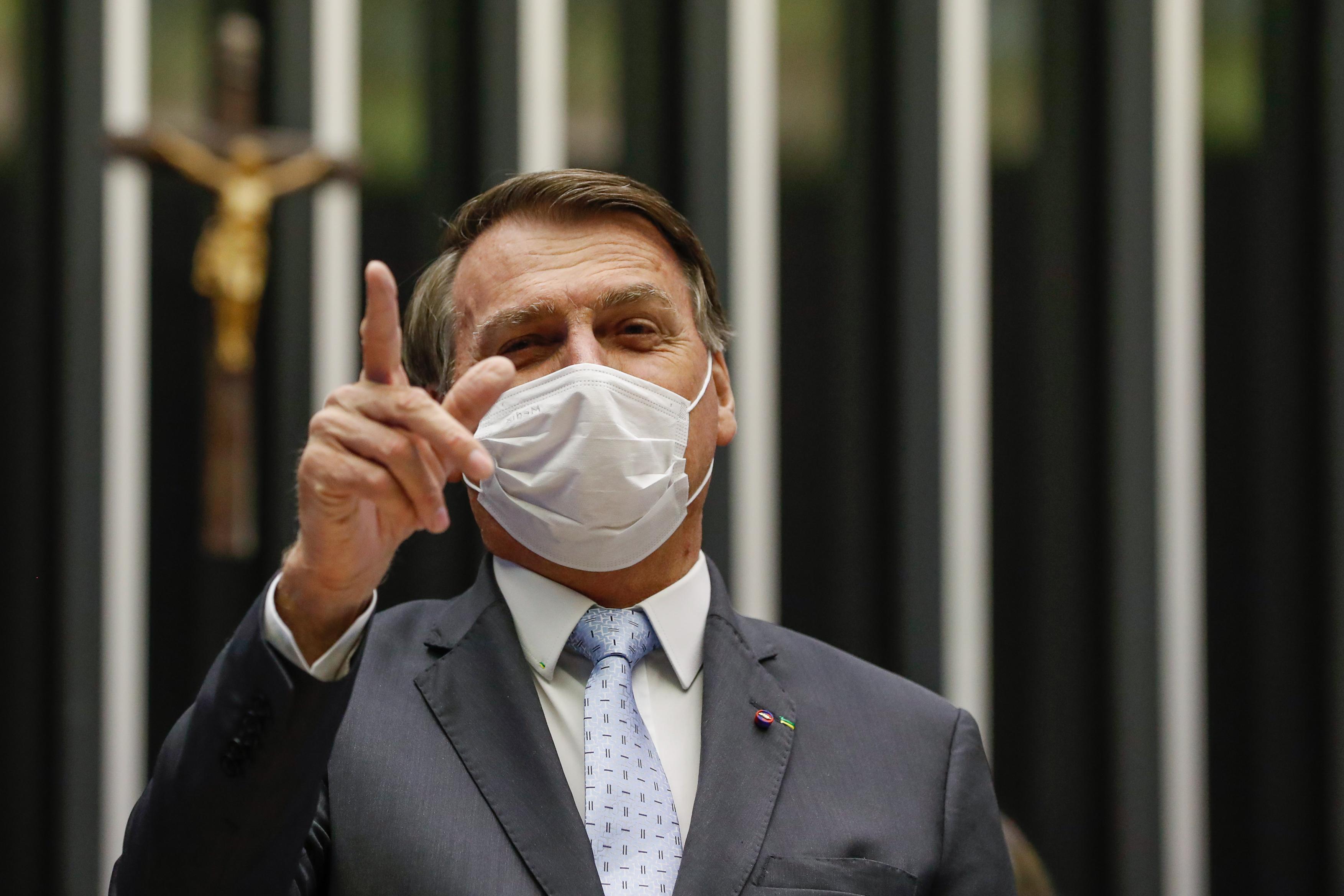 """IMAGEM: Bolsonaro sobre a Petrobras: """"Onde está a intervenção?"""""""