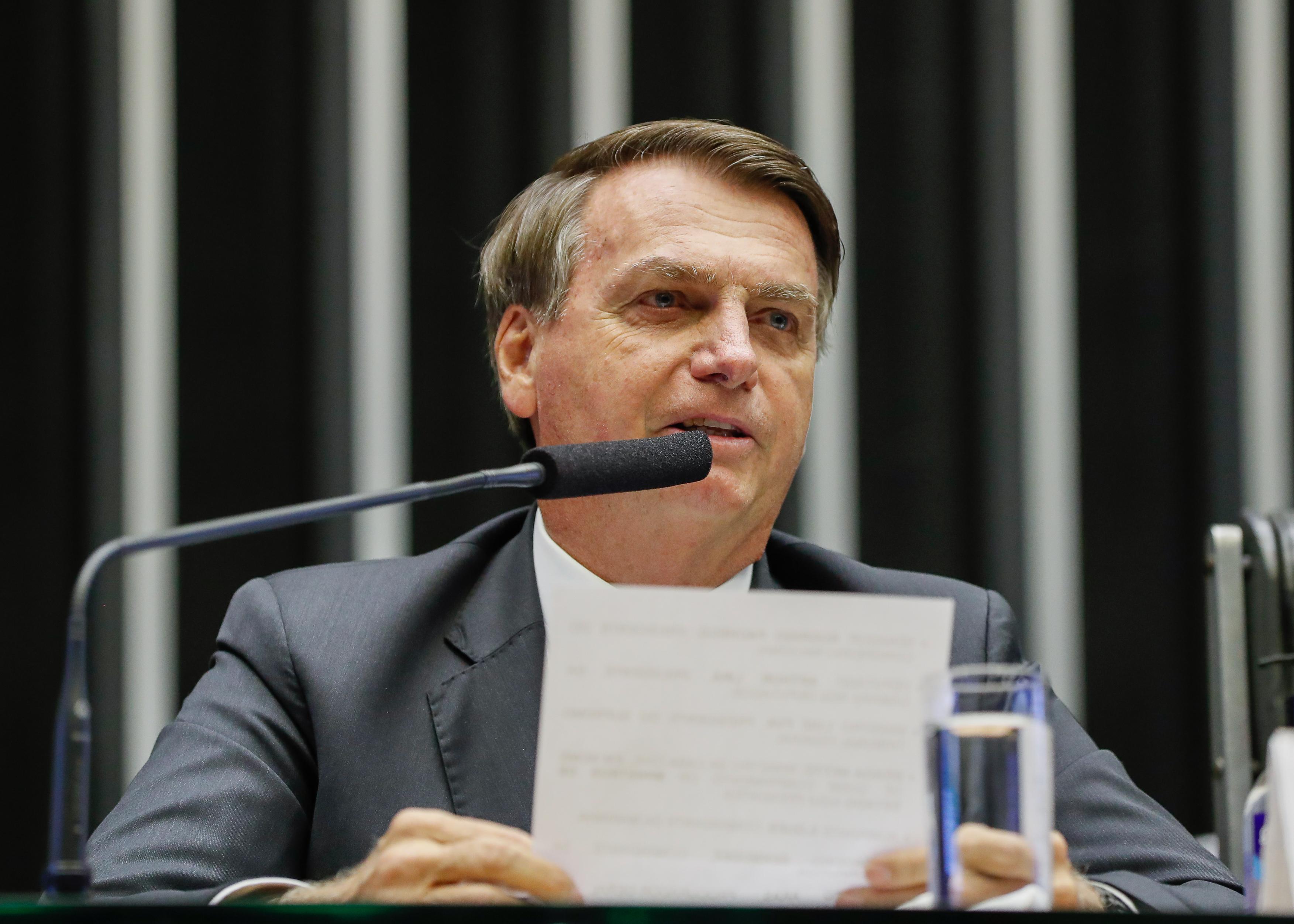 IMAGEM: Bolsonaro diz que redução do ICMS do diesel não afetará estados