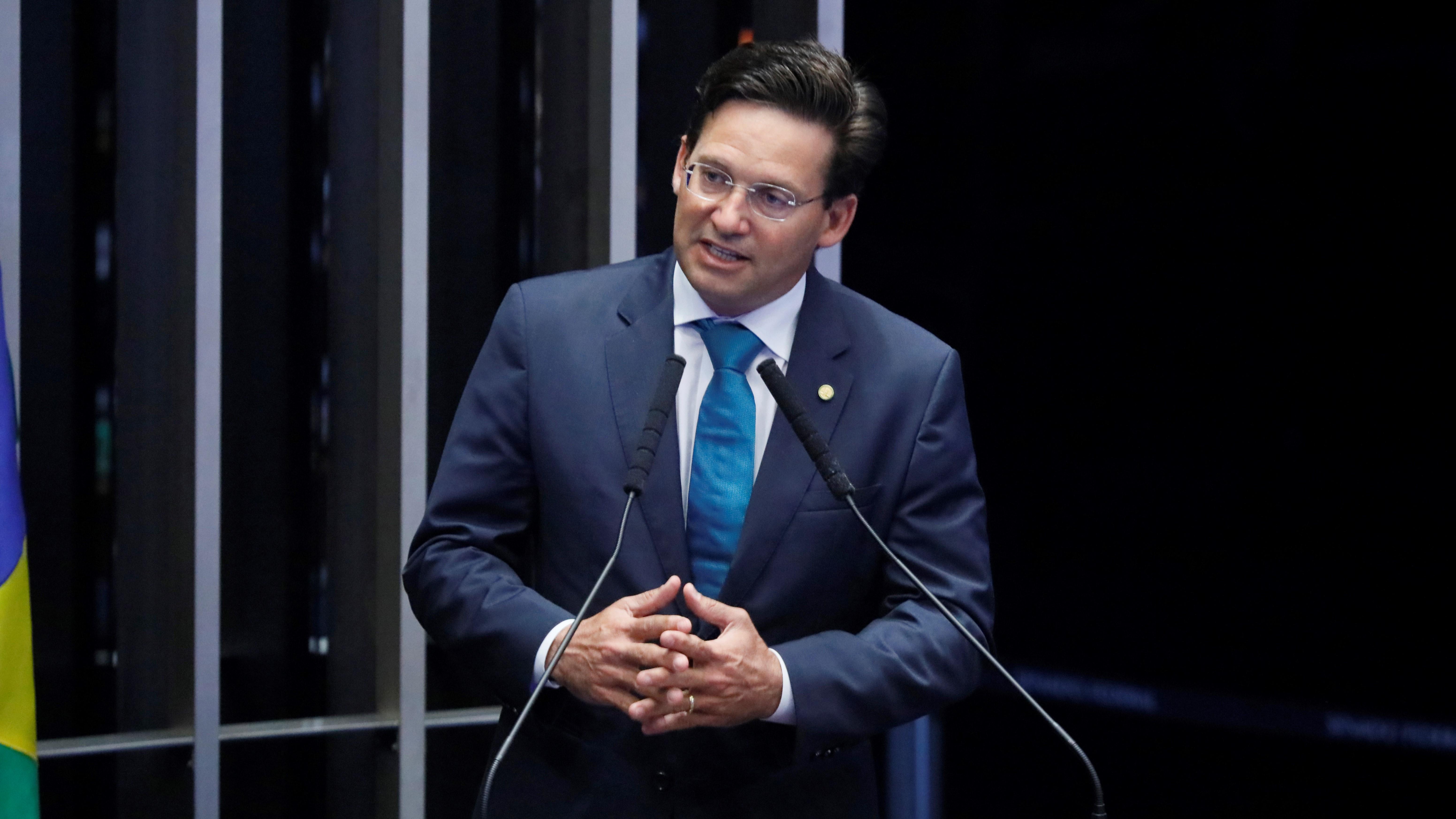 IMAGEM: Em posse, João Roma diz se inspirar em ACM