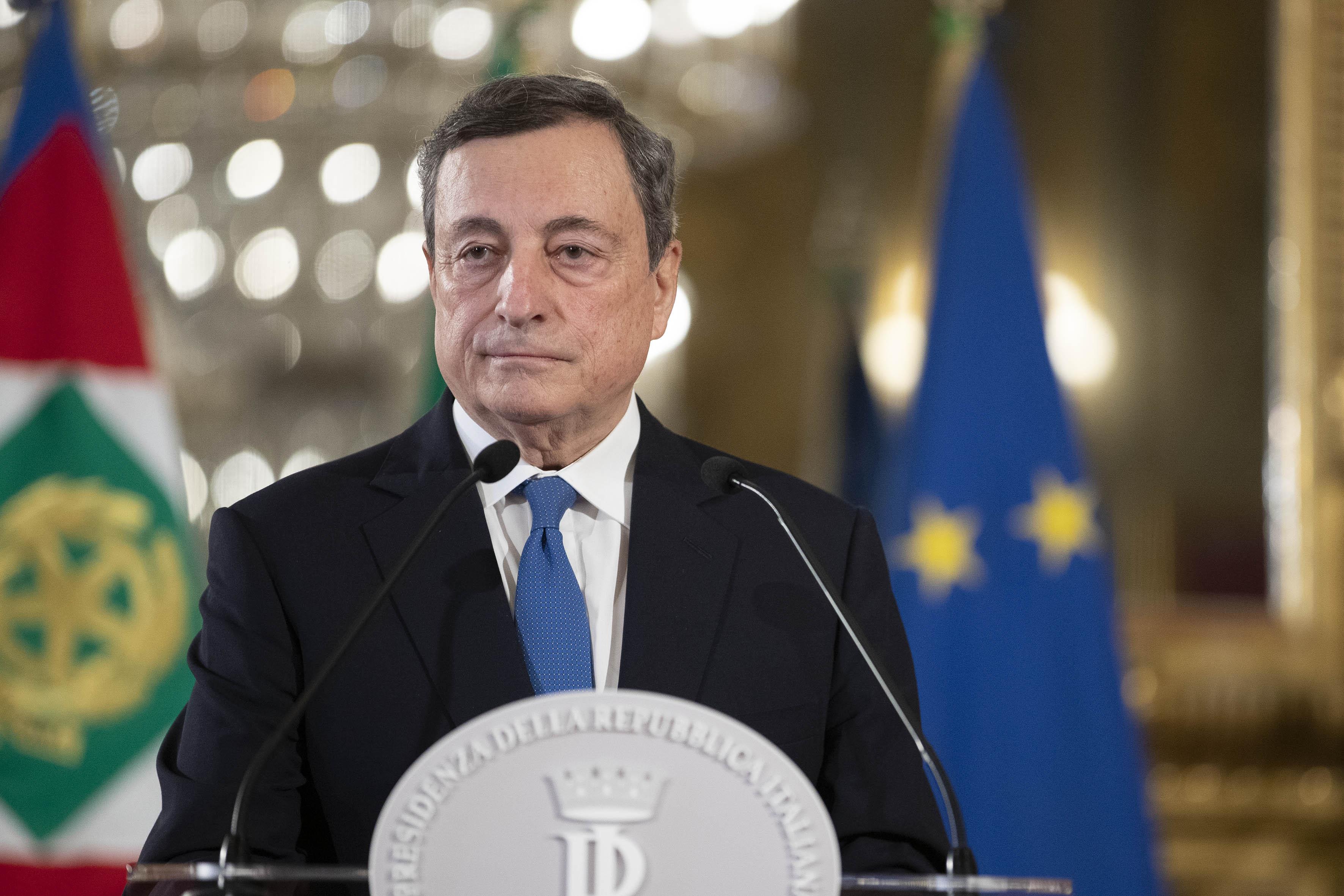IMAGEM: Premiê da Itália nomeia general para comandar vacinação contra Covid-19