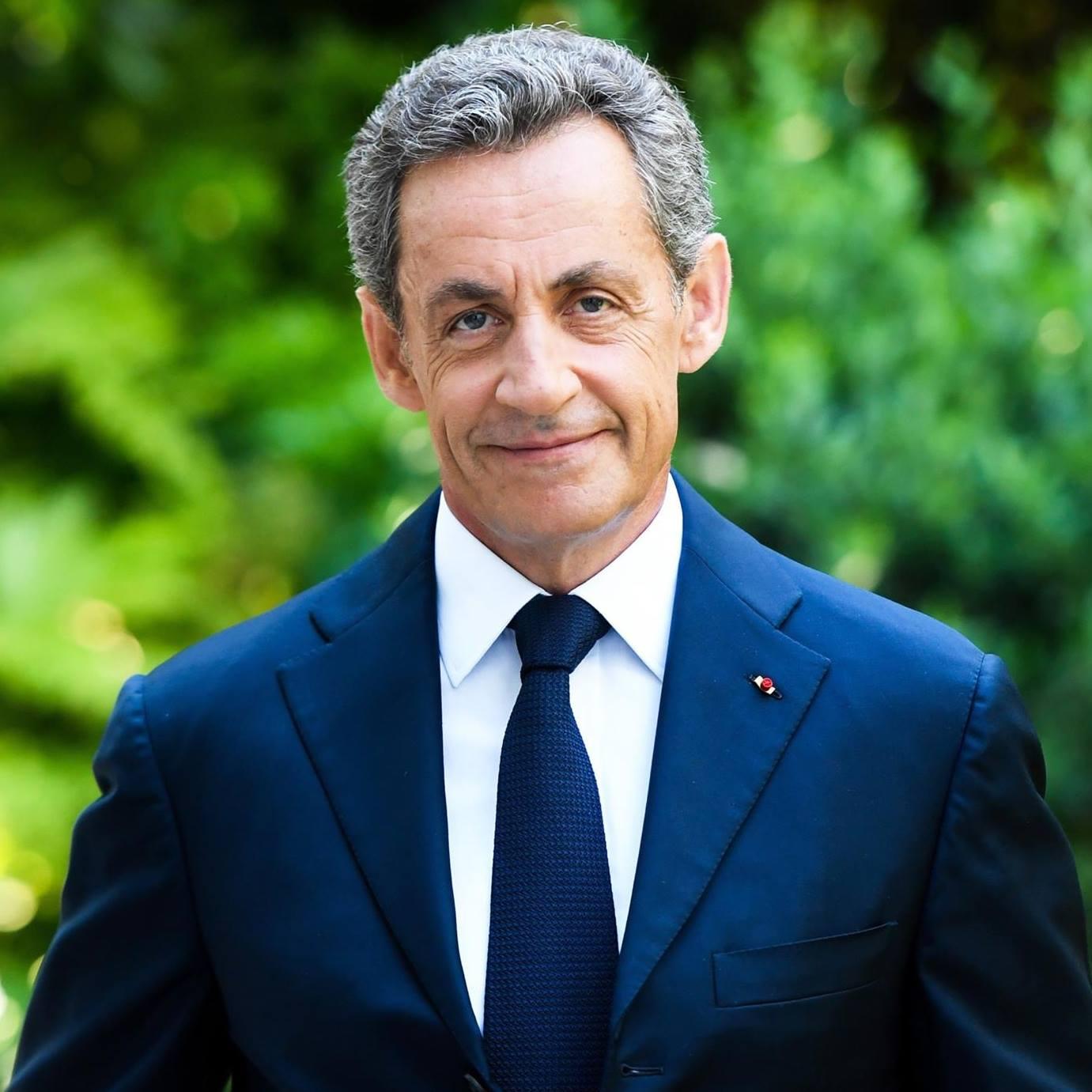 IMAGEM: Sarkozy é condenado por suborno, mas não deve ser preso