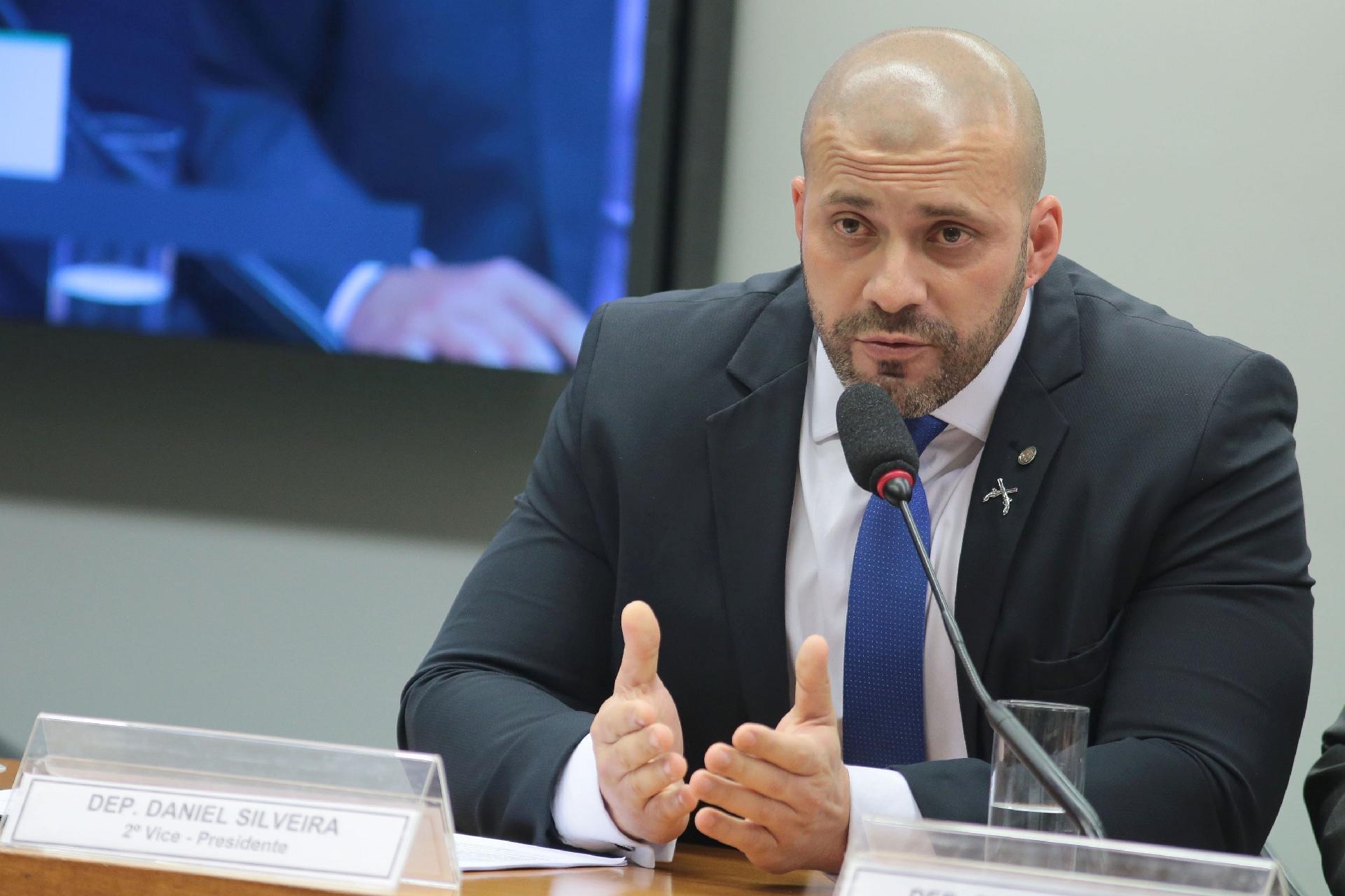 IMAGEM: PGR investiga ligação de Daniel Silveira com empresários bolsonaristas