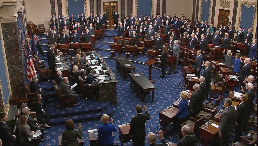 IMAGEM: Senado rejeita argumentos de defesa de Trump e mantém julgamento de impeachment