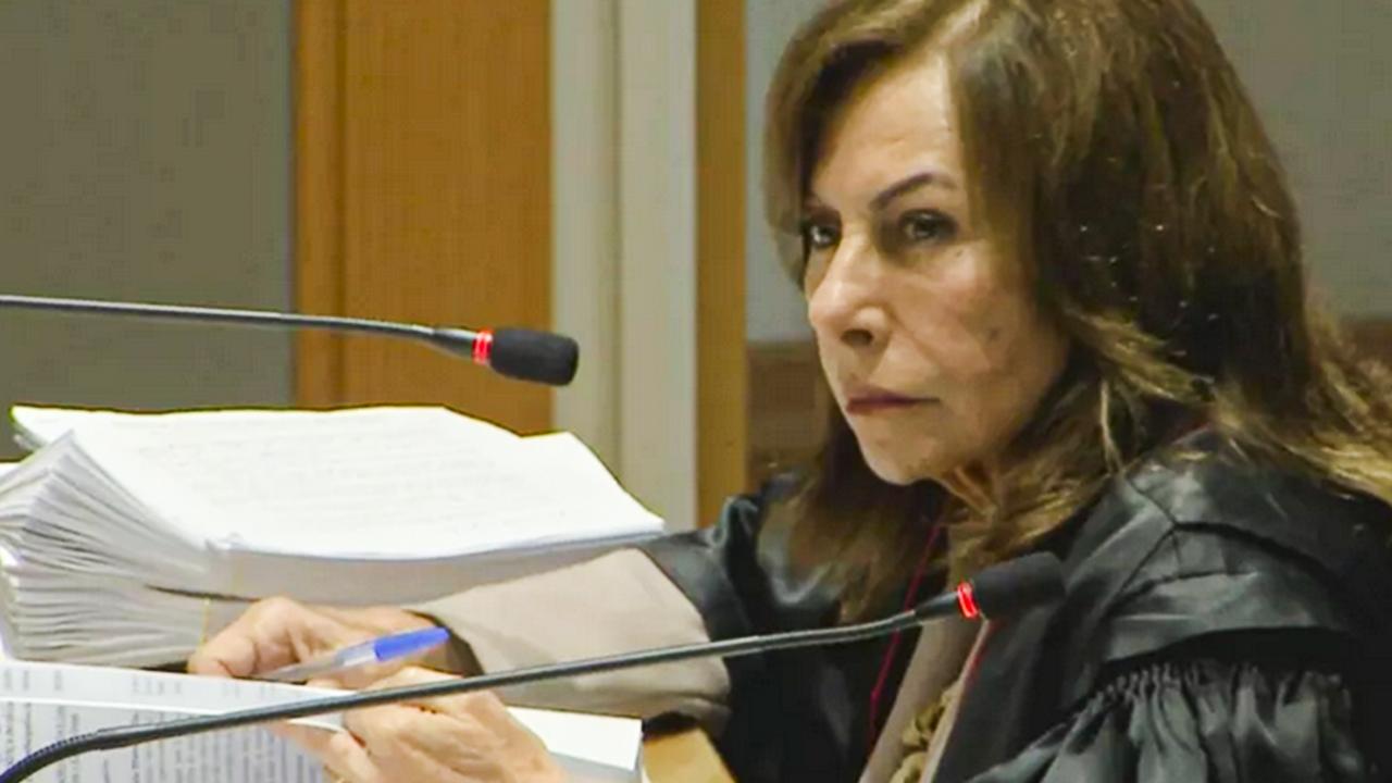 IMAGEM: CNJ aposenta desembargadora acusada de beneficiar filho preso