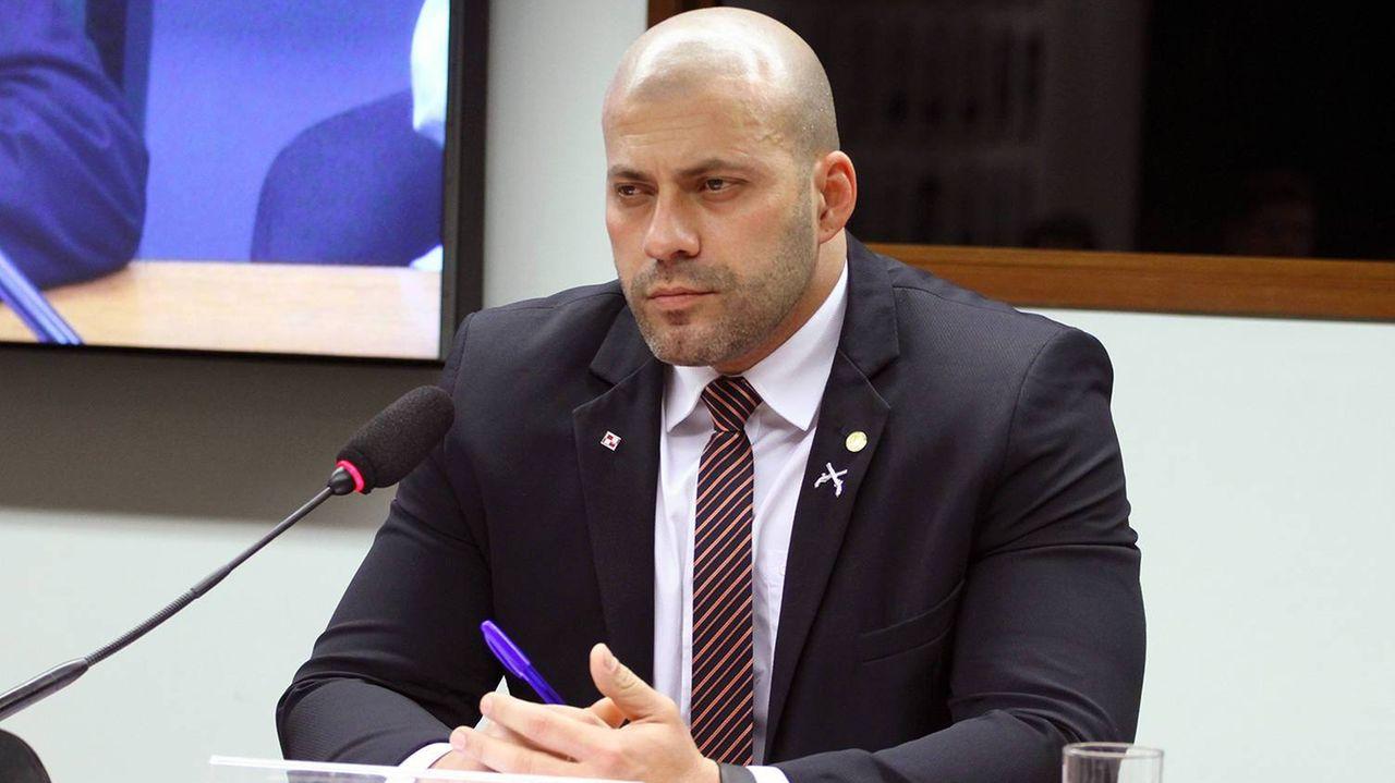IMAGEM: Moraes concede prisão domiciliar a Daniel Silveira