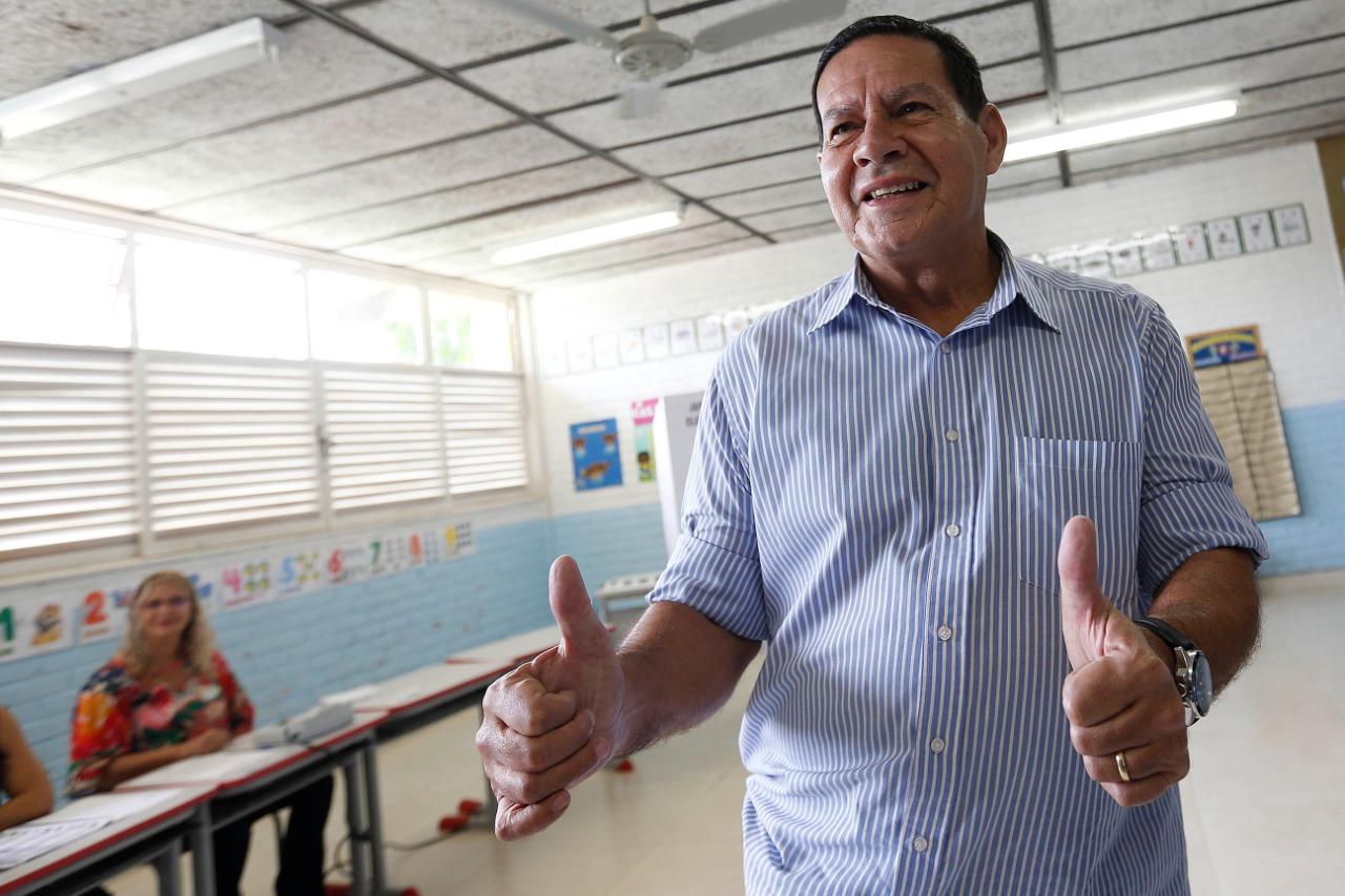 IMAGEM: Mourão, governador do Rio