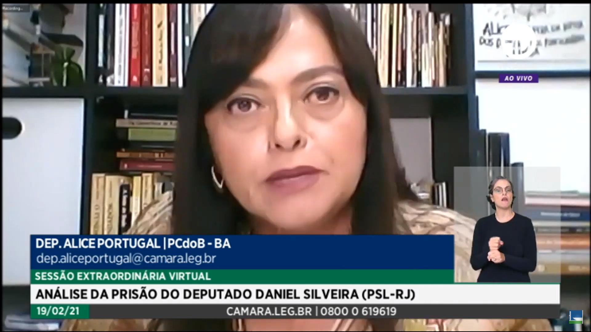 IMAGEM: Alice Portugal defende prisão de Daniel Silveira