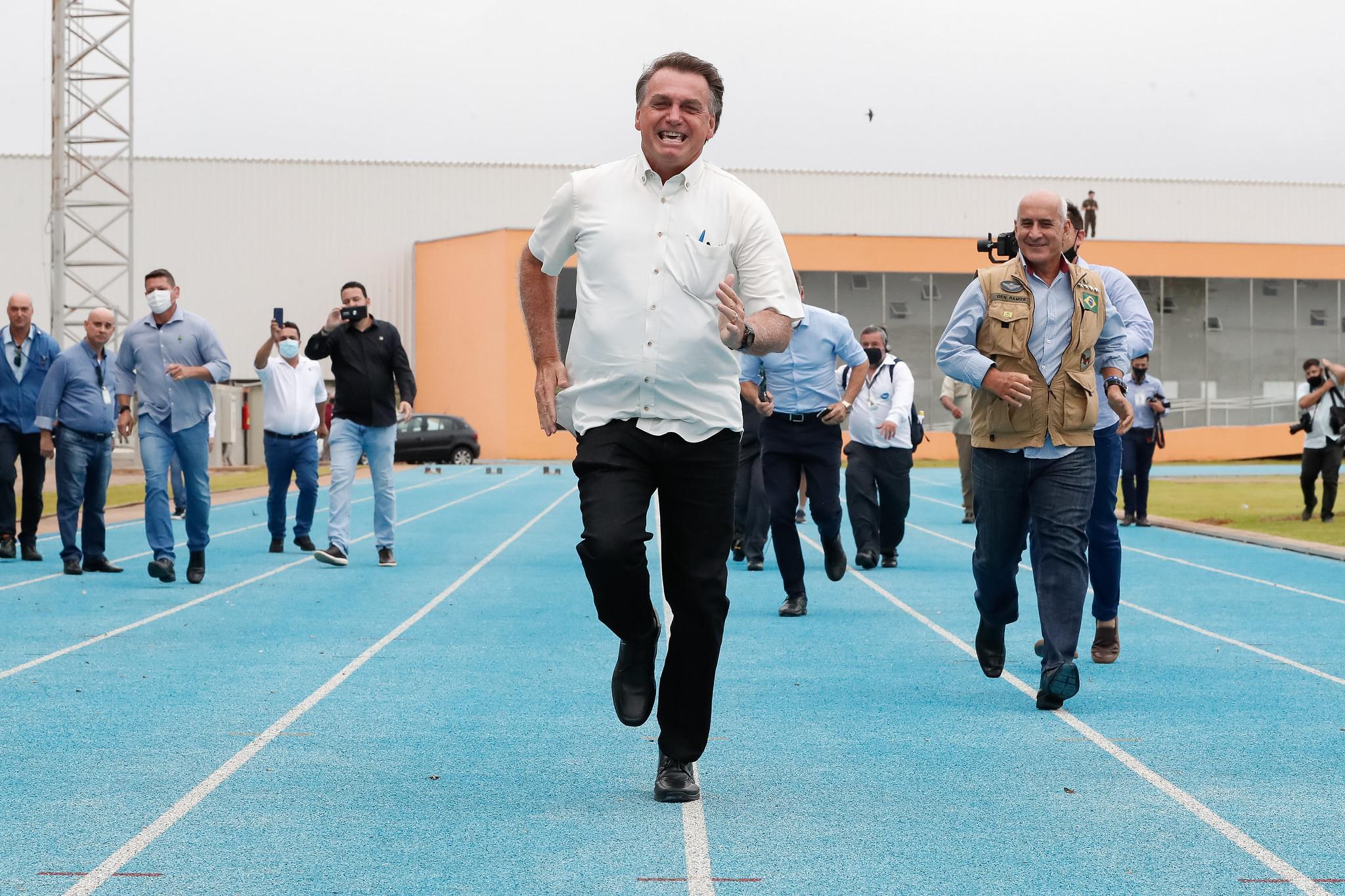 IMAGEM: Bolsonaro não fala na Cúpula de Saúde do G20 e Brasil vai para o fim da fila