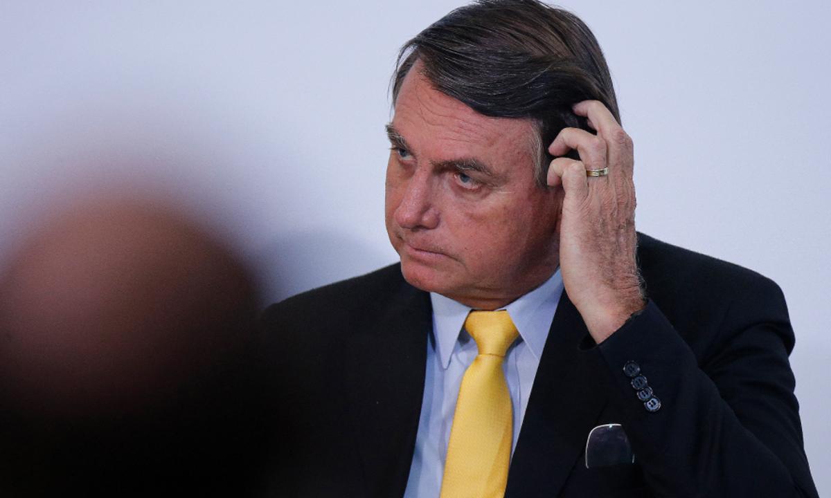 IMAGEM: Projeto de ex-diretor de Abastecimento da Petrobras que caiu na Lava Jato ressurge na boca de Jair Bolsonaro
