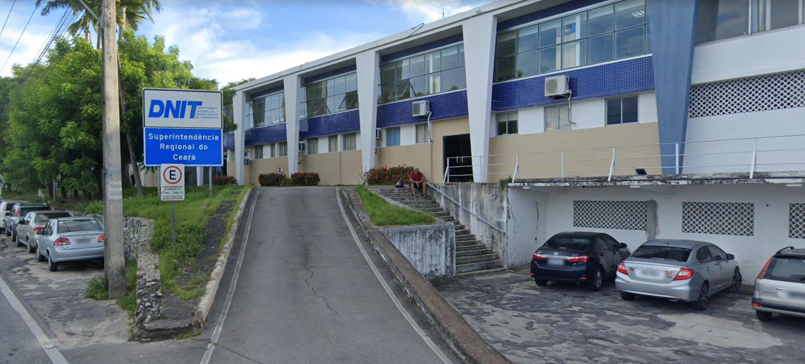 IMAGEM: Chefe do DNIT no Ceará é exonerada para acomodar deputado do Centrão