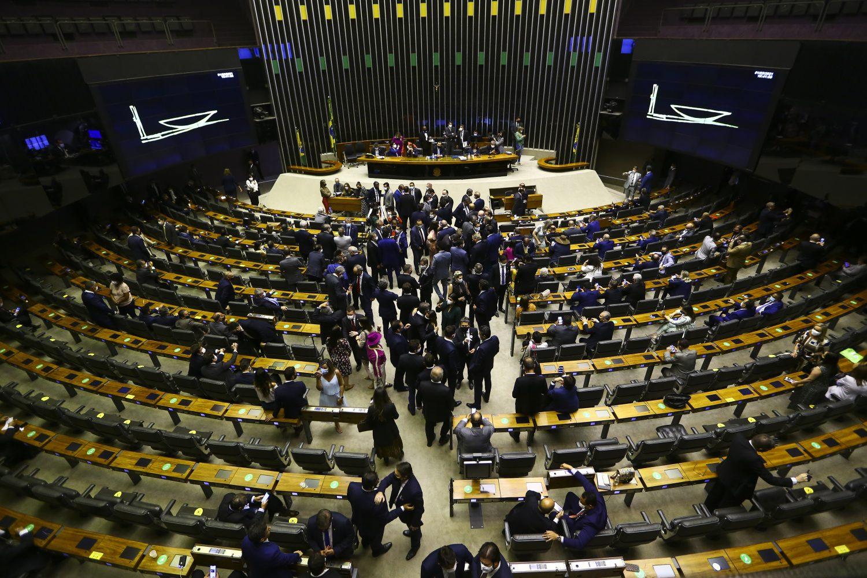 IMAGEM: Uma semana após exonerações, Lira ainda não reconduziu comissionados