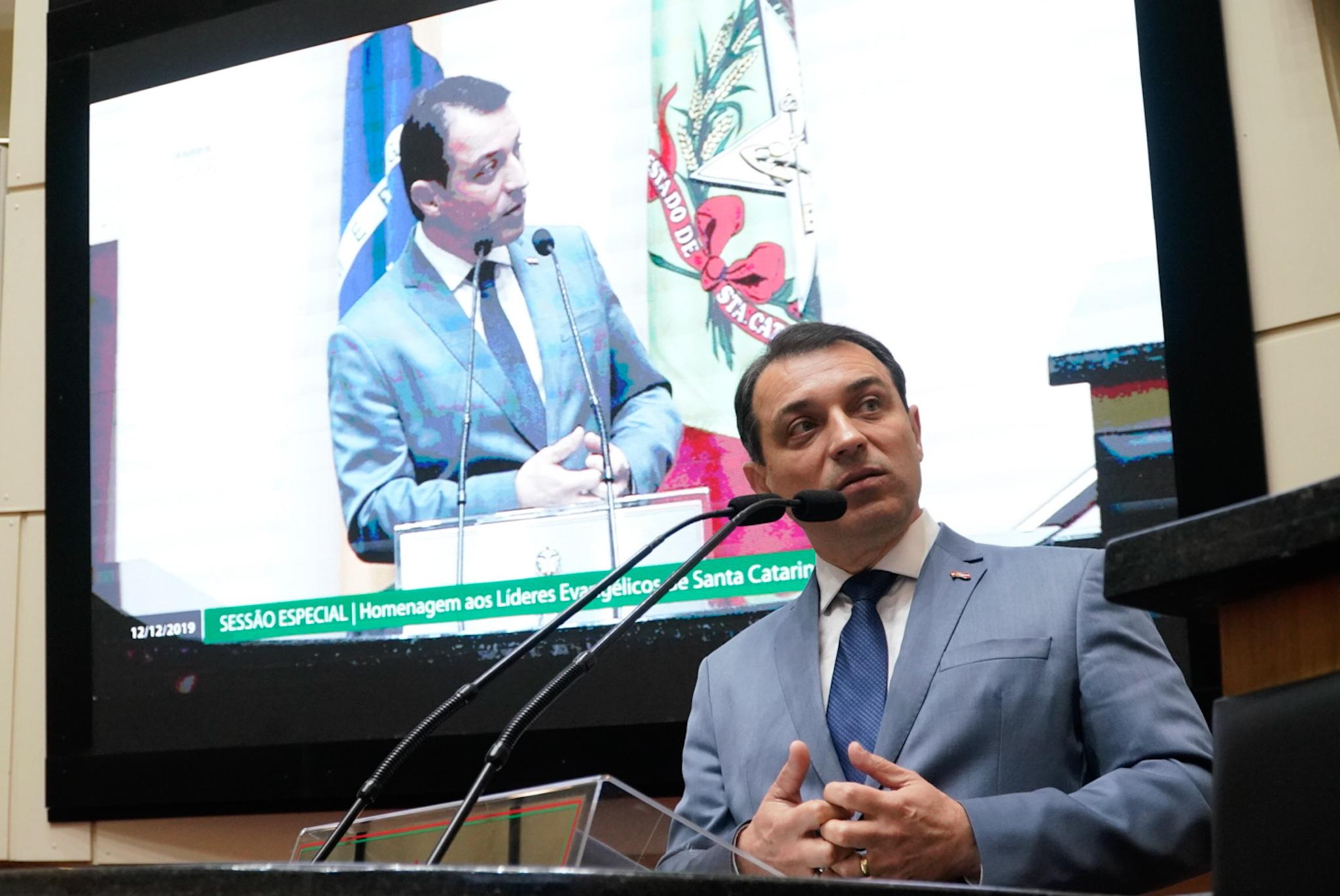 IMAGEM: Impeachment em SC: começa o 2º julgamento contra Carlos Moisés