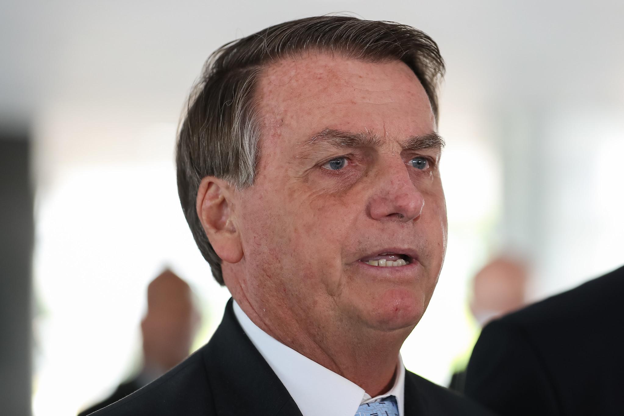 """IMAGEM: Bolsonaro nega interferência na Petrobras: """"Na mesma linha que na questão da PF"""""""