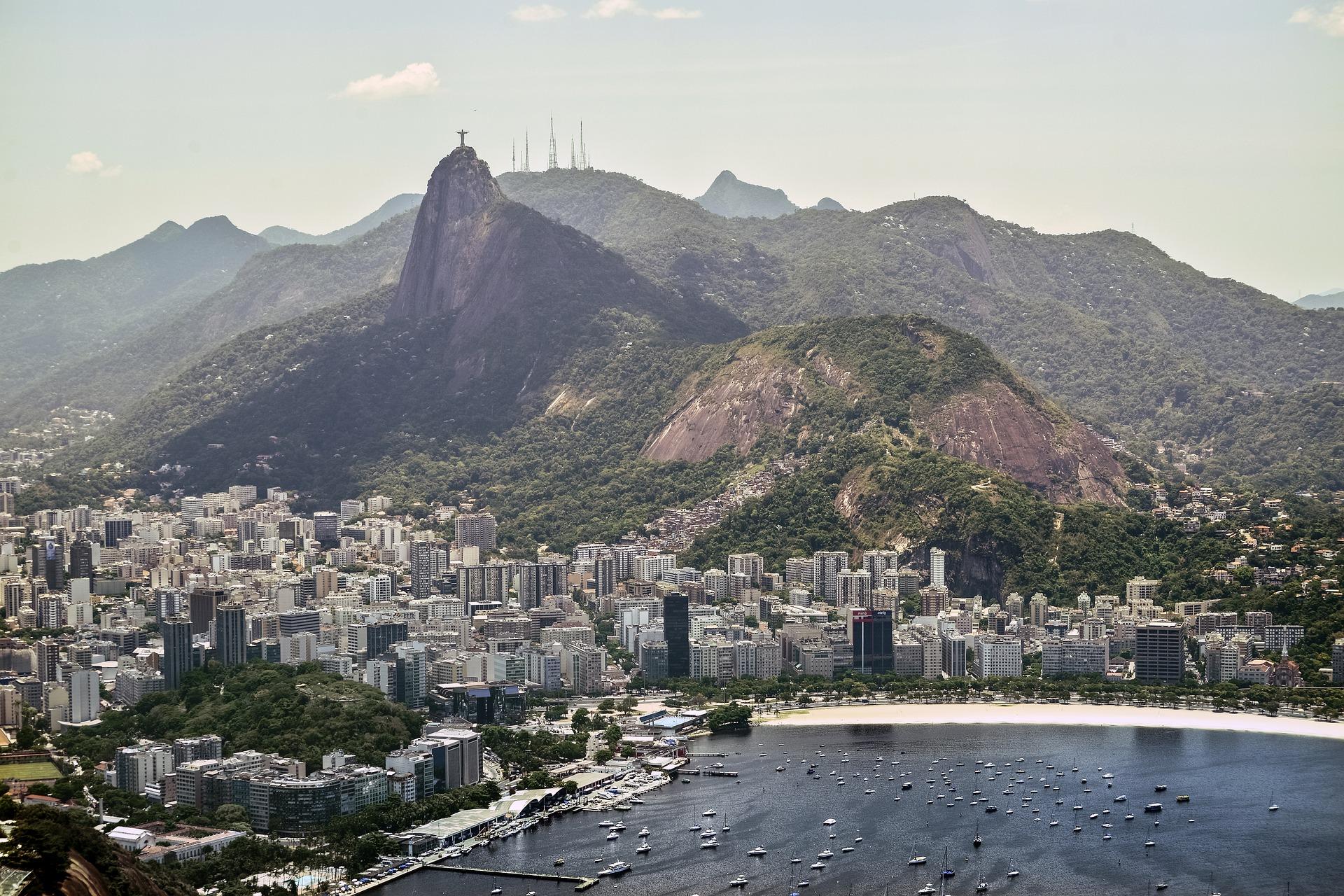 IMAGEM: Rio ultrapassa São Paulo em número de mortes por Covid-19
