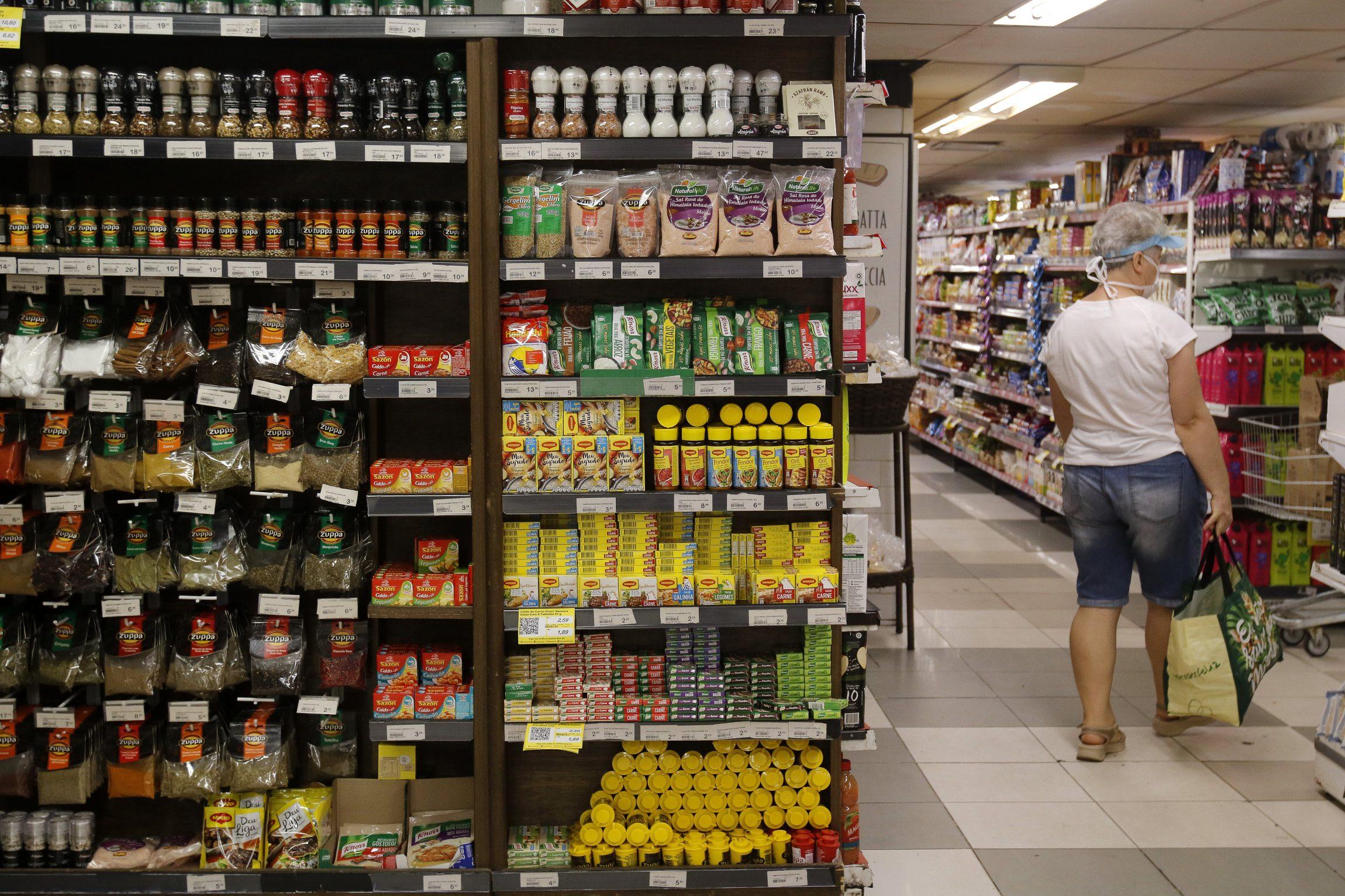 IMAGEM: Inflação acelera em maio e atinge 8,06% em 12 meses