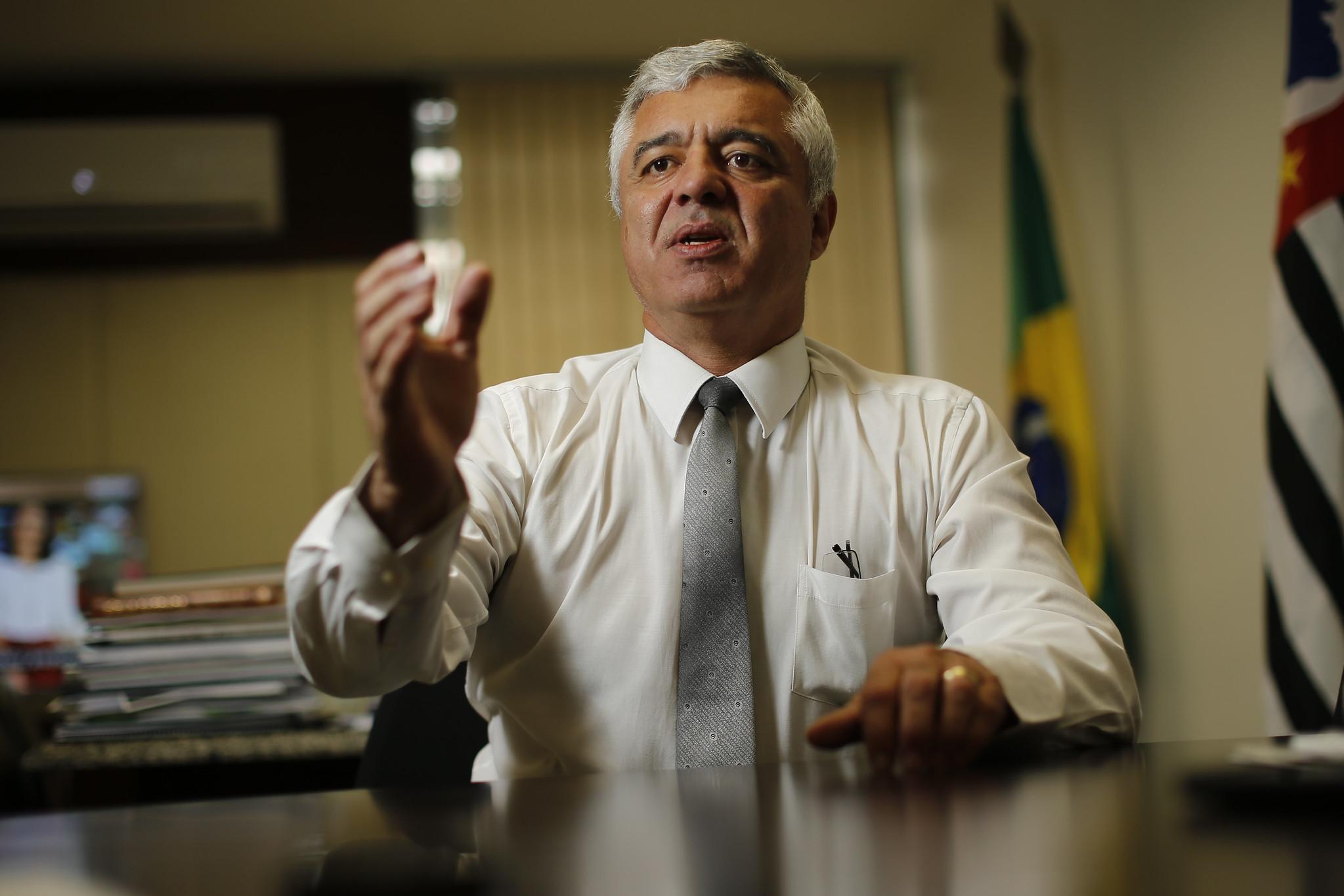 IMAGEM: Servidores dizem que emendas protocoladas com Olimpio intubado tiveram aval do senador
