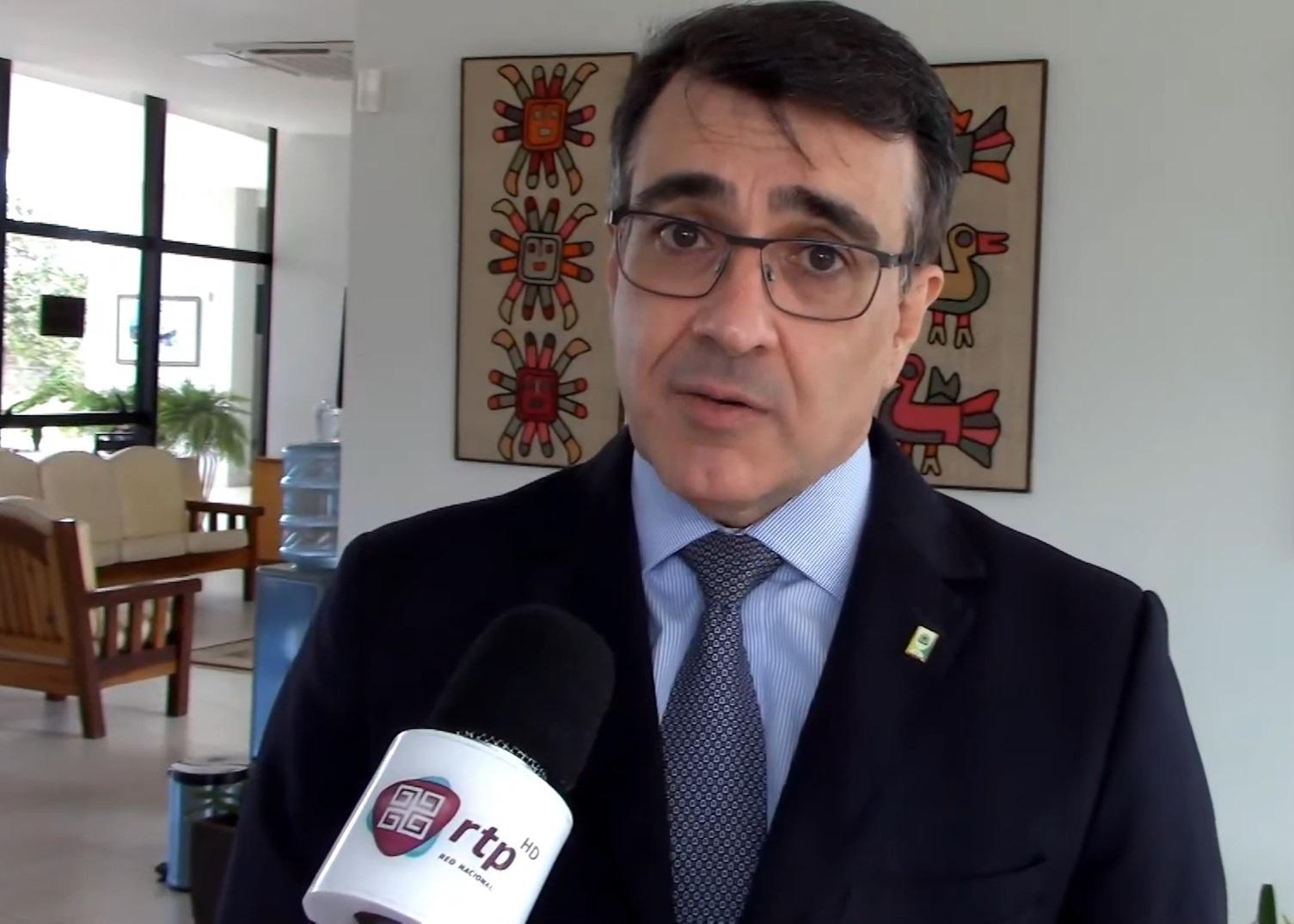 IMAGEM: Discurso de posse de novo chanceler é bem recebido no Itamaraty