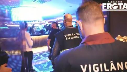 IMAGEM: Vídeo mostra momento em que Gabigol e MC Gui são detidos em cassino
