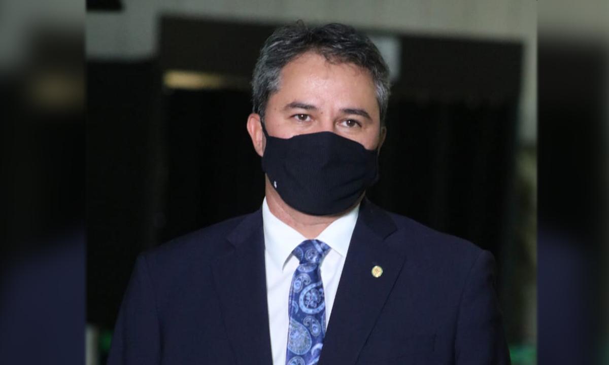 """IMAGEM: Líder do DEM, sobre expulsão de Maia: """"Quem explode pontes não quer fazer caminho de volta"""""""