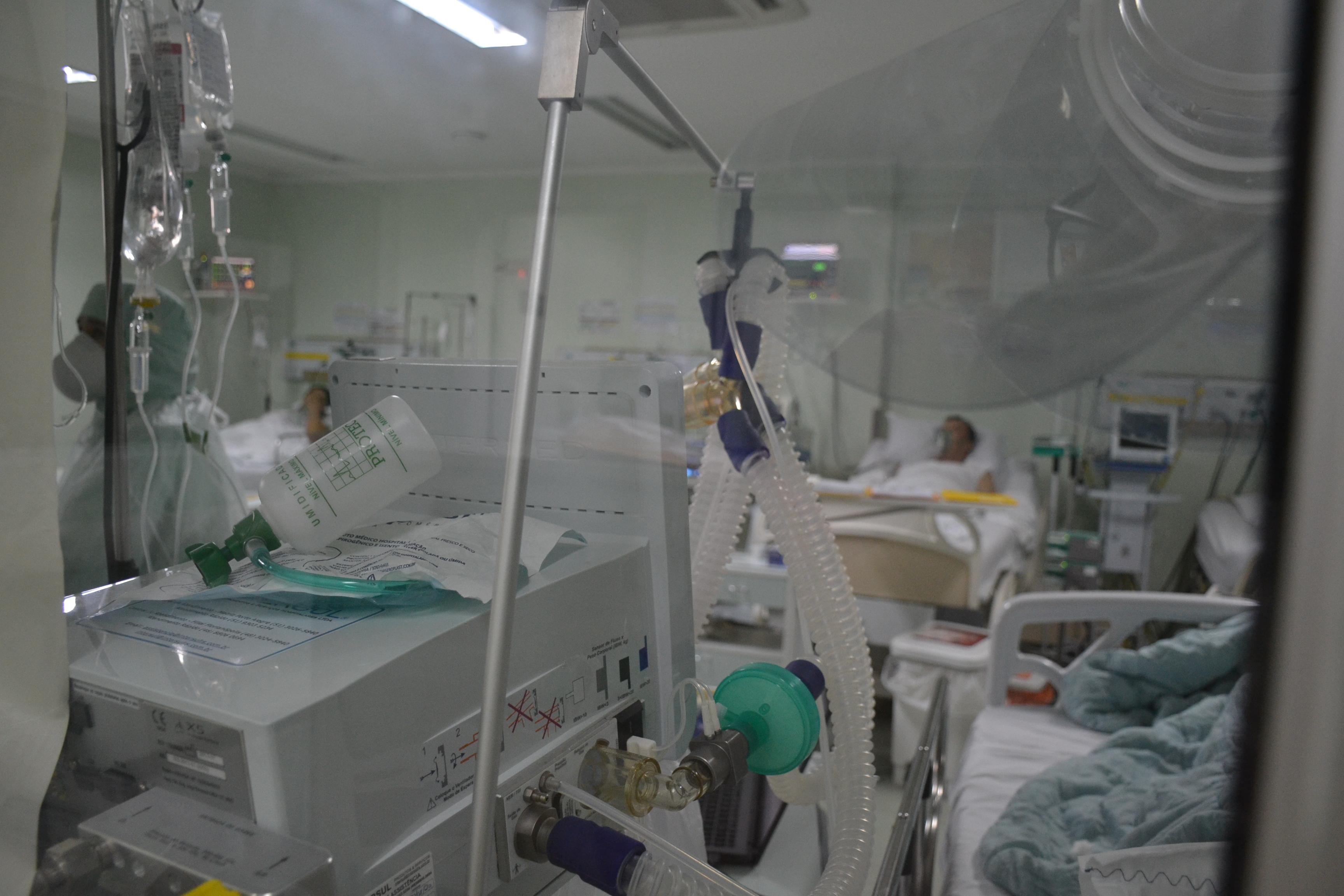 IMAGEM: Datafolha: 53% avaliam que pandemia está fora de controle, menor índice do ano