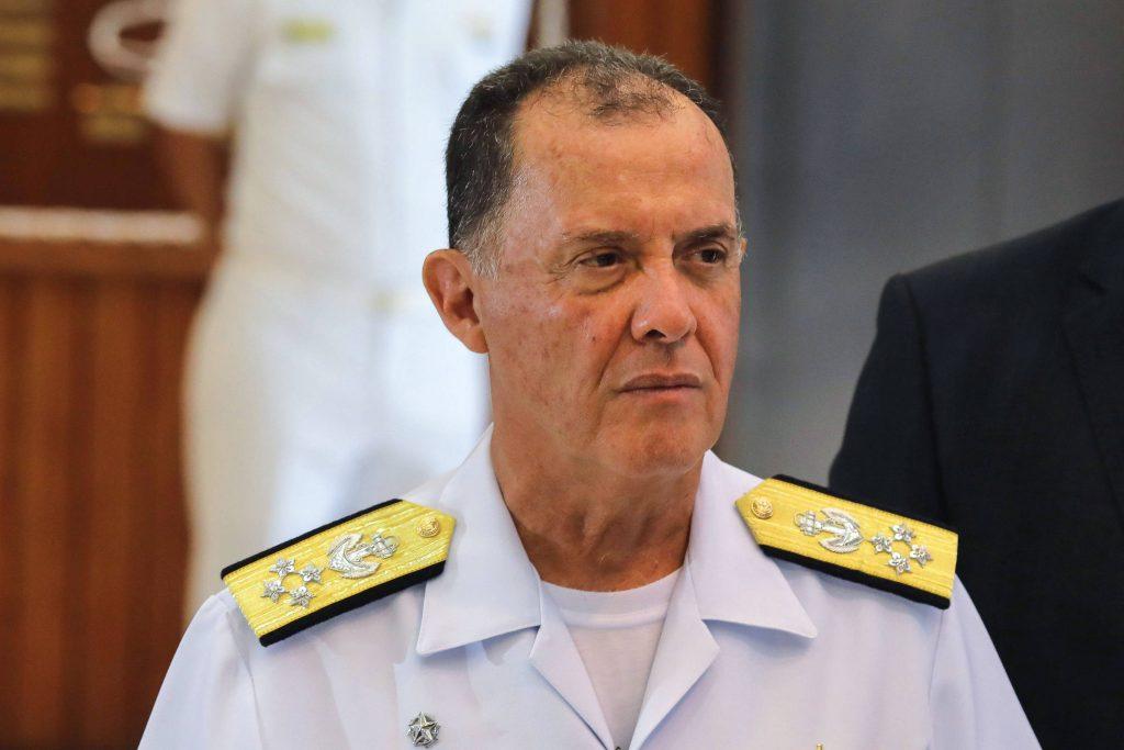 IMAGEM: Reação de comandante da Marinha beirou a insubordinação