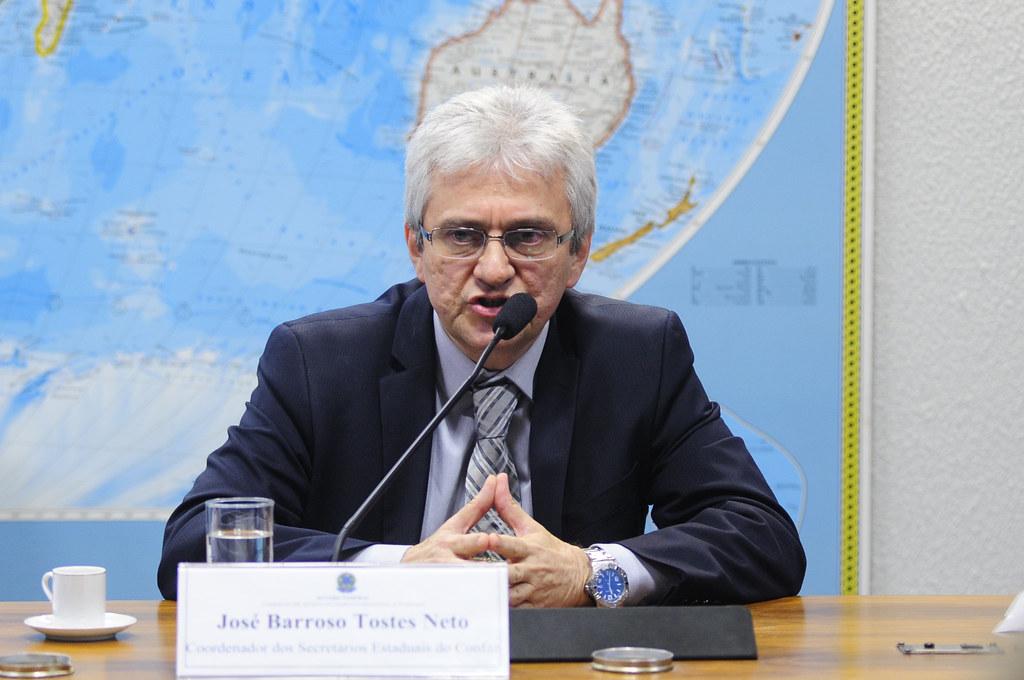 IMAGEM: Secretário da Receita se reuniu com Flávio, fora da agenda, na casa do senador