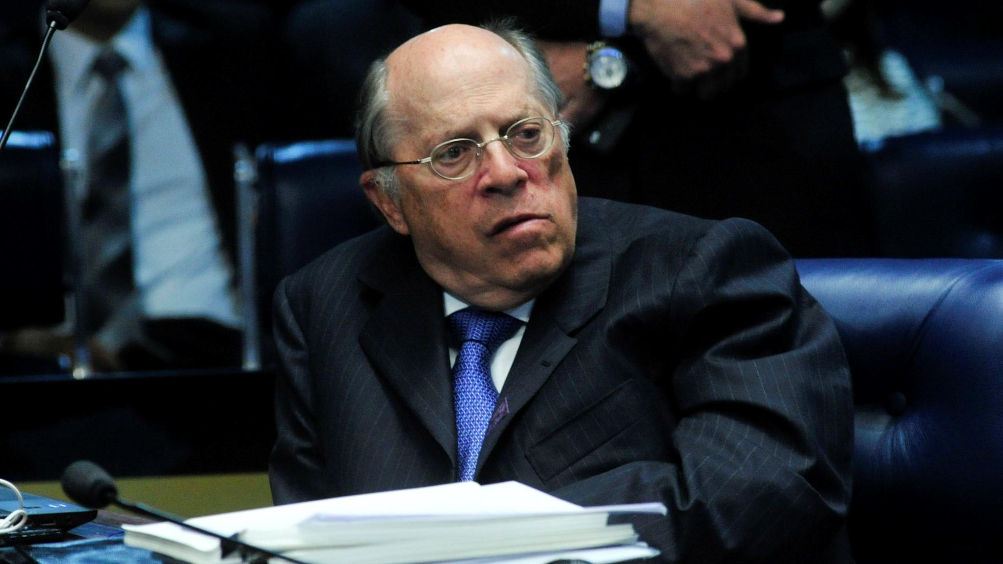 """IMAGEM: CPI pode chamar presidente """"a prestar esclarecimentos"""", diz Miguel Reale Jr"""