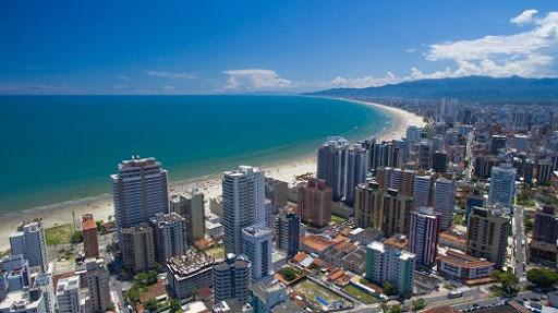 IMAGEM: Juiz concede habeas corpus para advogado circular em Praia Grande