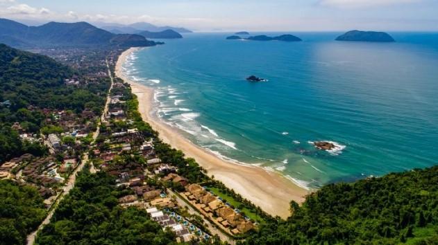 IMAGEM: Antecipação de feriados lota litoral paulista