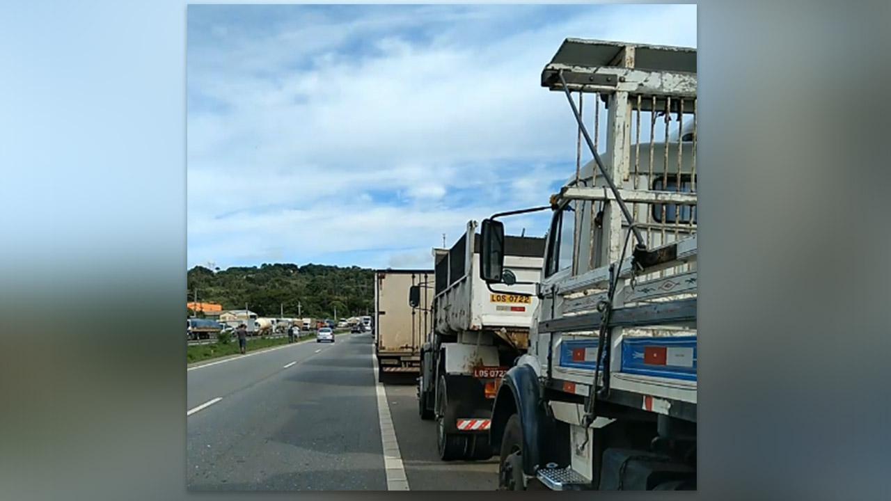 IMAGEM: Governo anuncia fim dos bloqueios de caminhoneiros