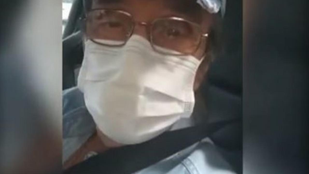 IMAGEM: Roberto Carlos se vacina contra a Covid-19