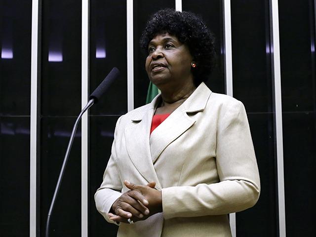 IMAGEM: Justiça manda Fundação Palmares devolver Marina e Benedita à lista de personalidades negras