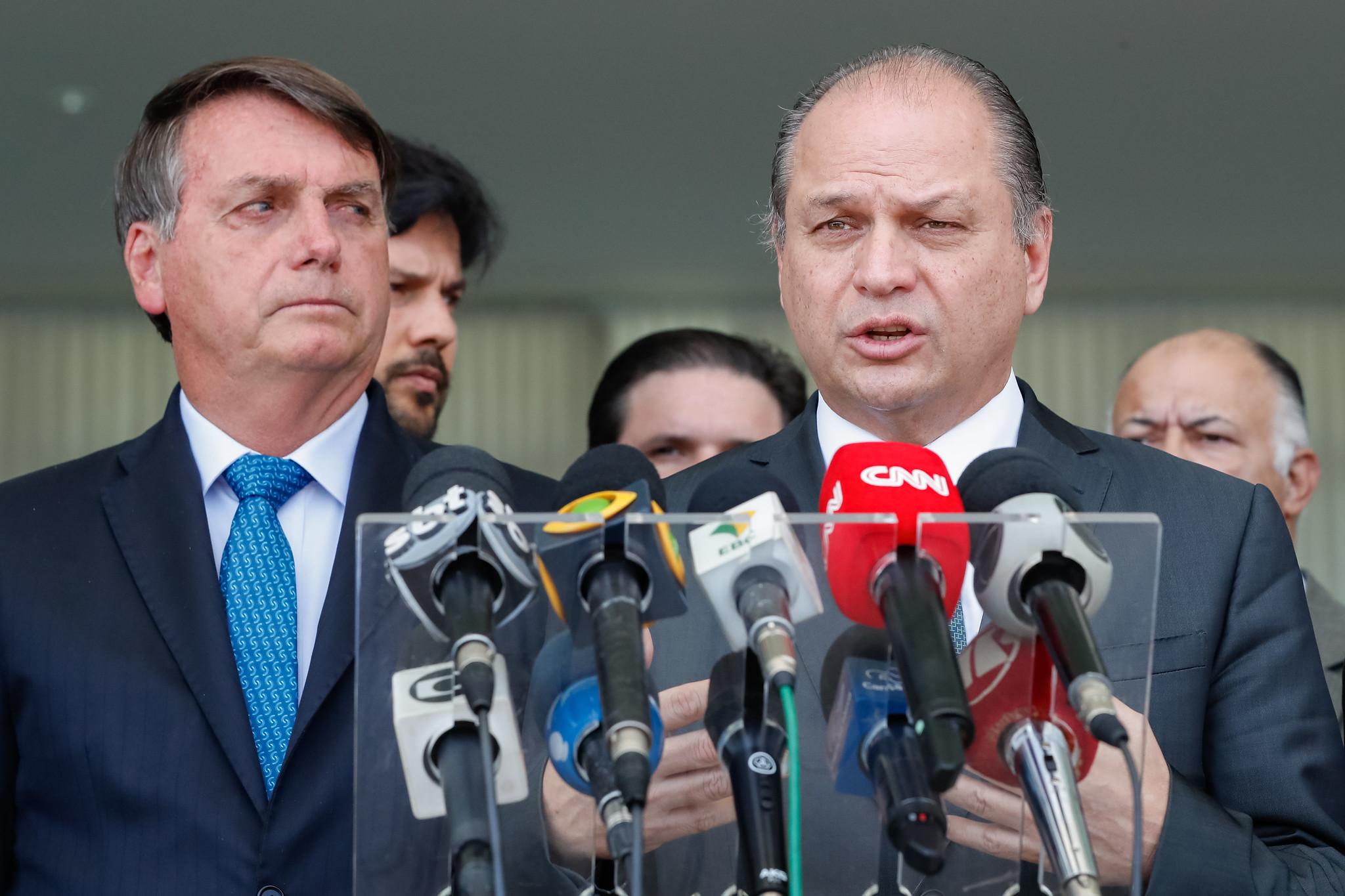 IMAGEM: Bolsonaro sabe