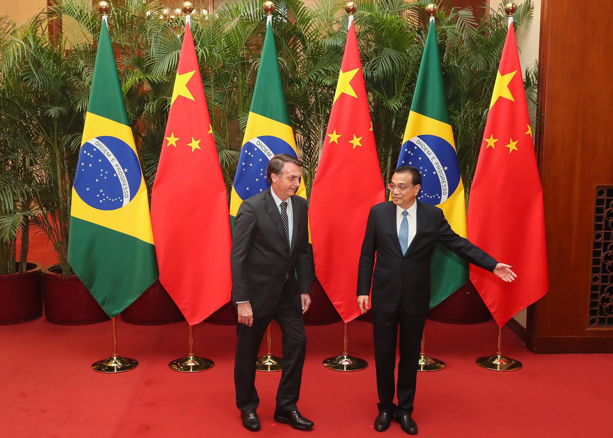 IMAGEM: Coronavac pode atrasar por causa de ataques de Bolsonaro à China