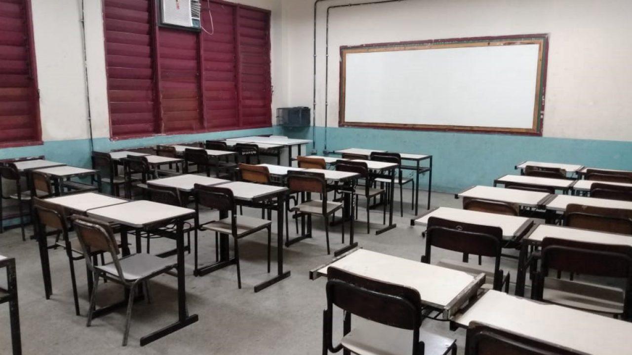 IMAGEM: Governo Bolsonaro vai ao STF para não dar internet a alunos de escola pública