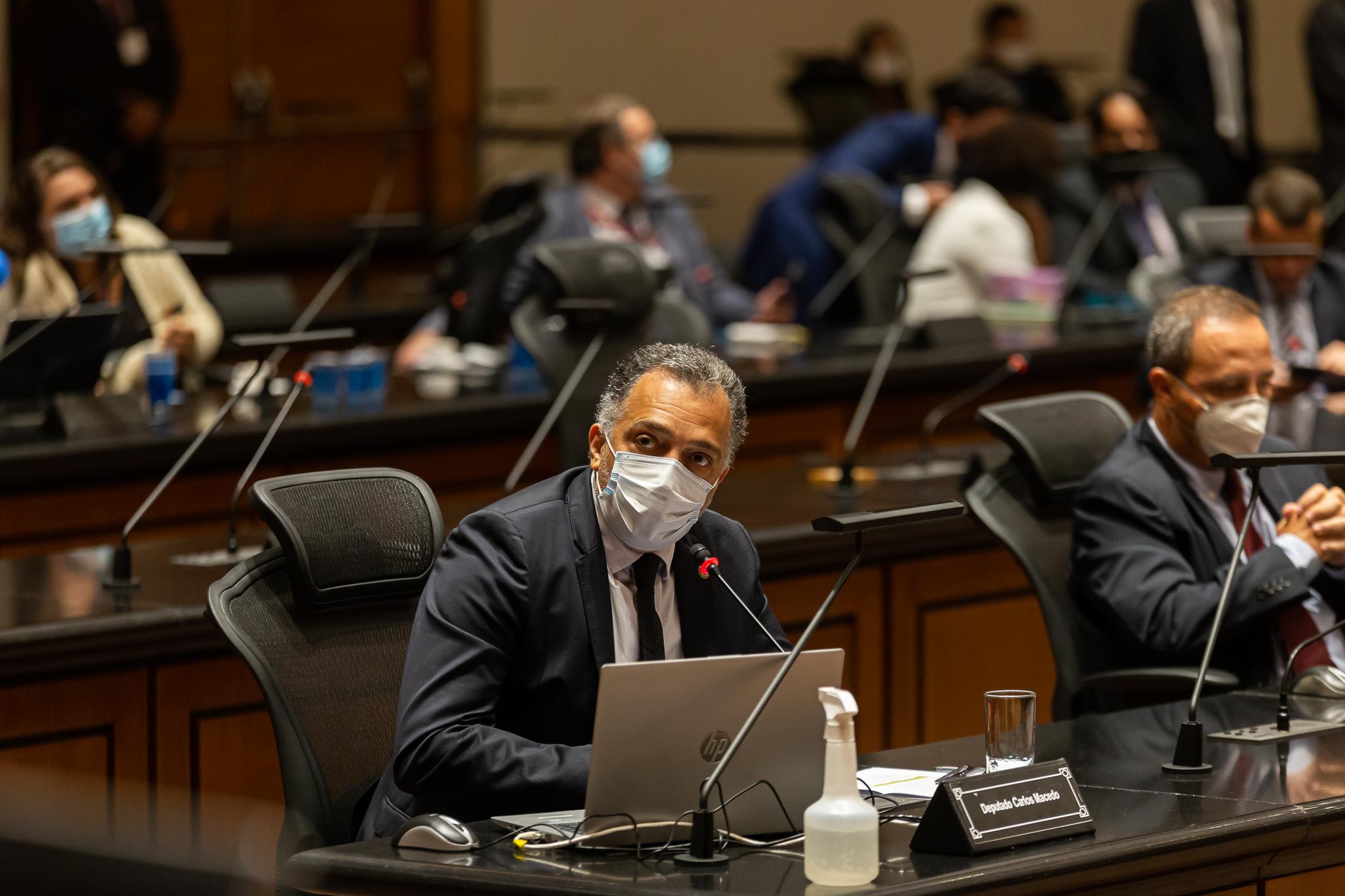 IMAGEM: 3 x 0 – Deputado Carlos Macedo vota pelo impeachment de Witzel