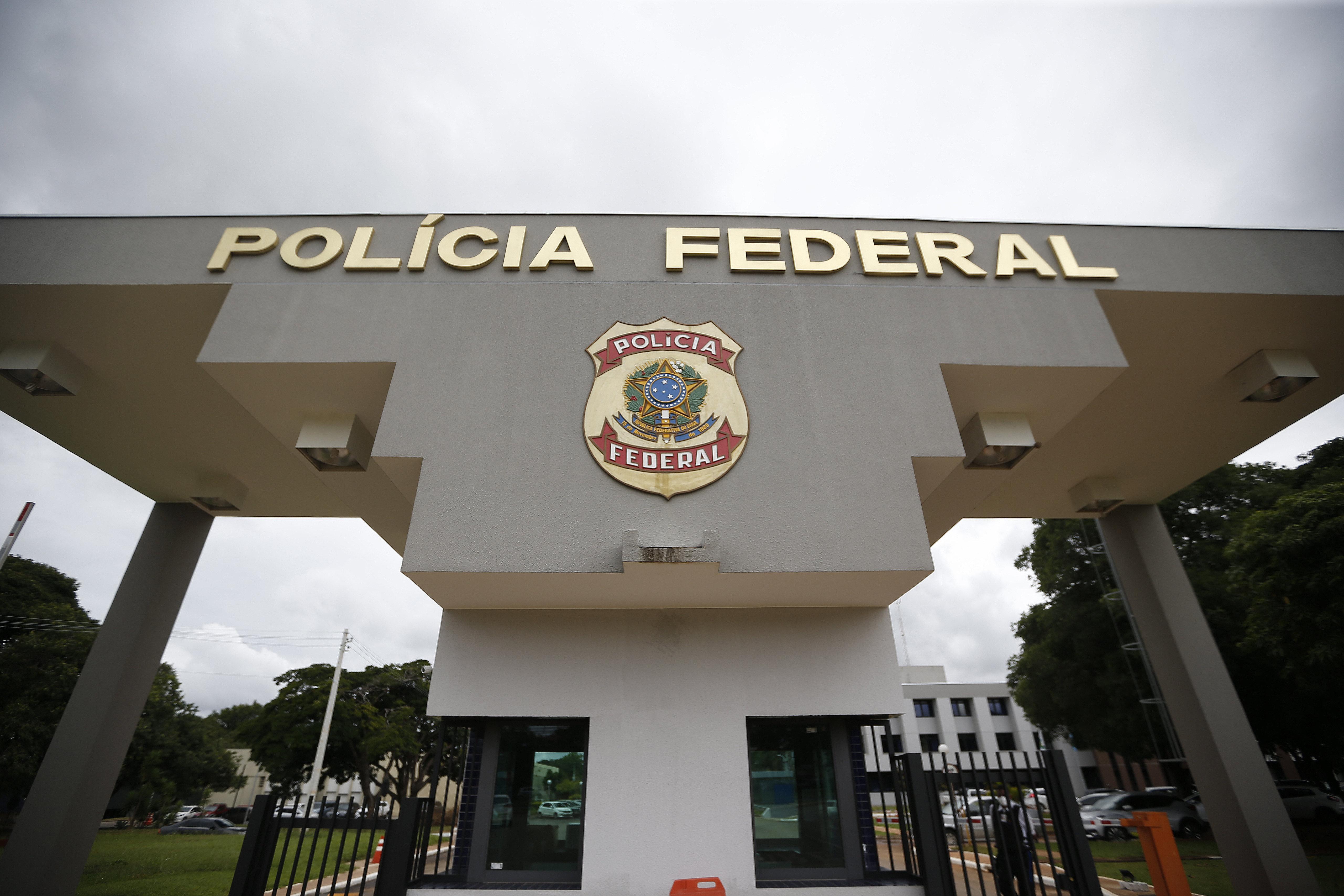 IMAGEM: PF investiga desvios de R$ 140 milhões no auxílio emergencial em 7 estados