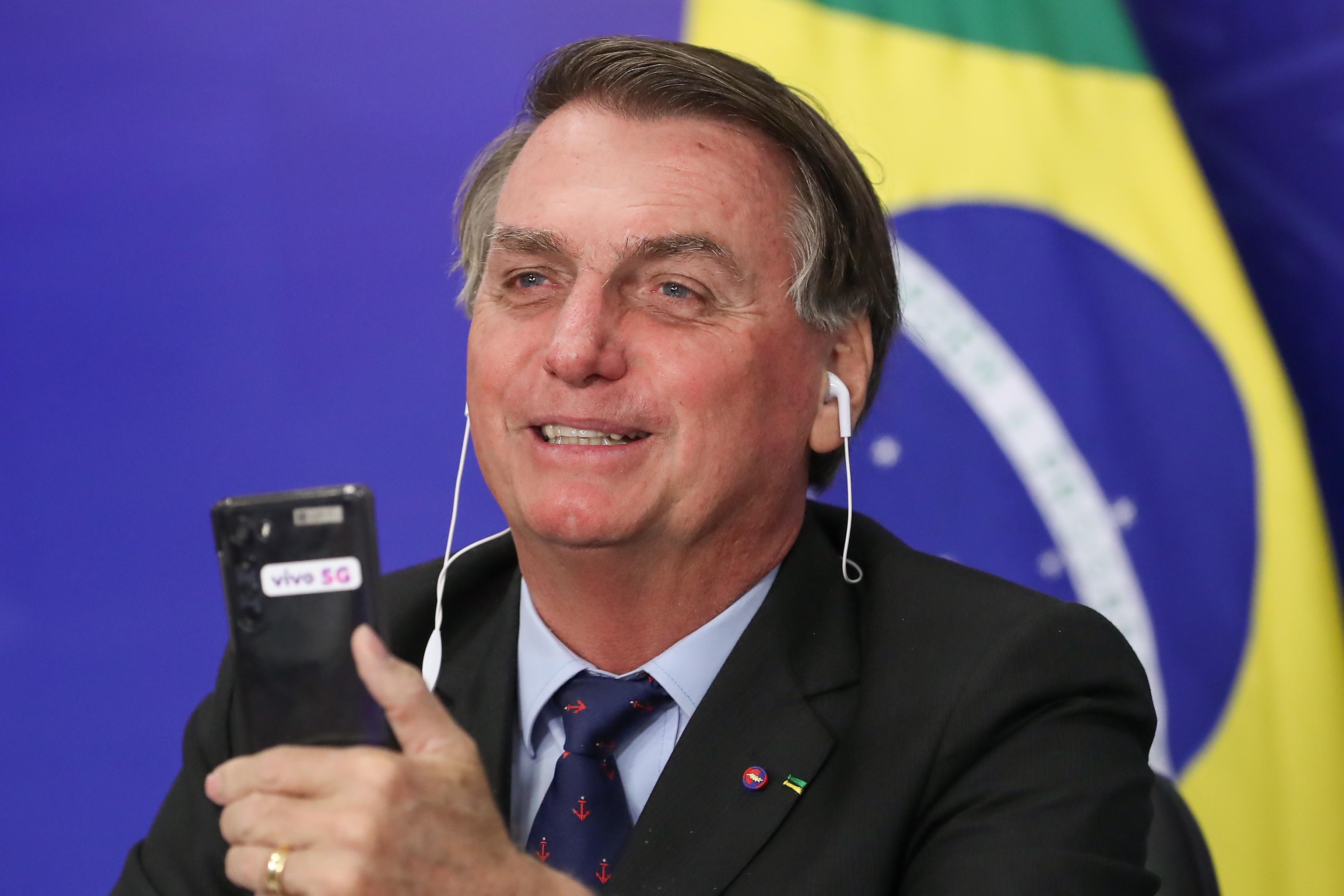 IMAGEM: Cidades brasileiras registram protestos pró-Bolsonaro