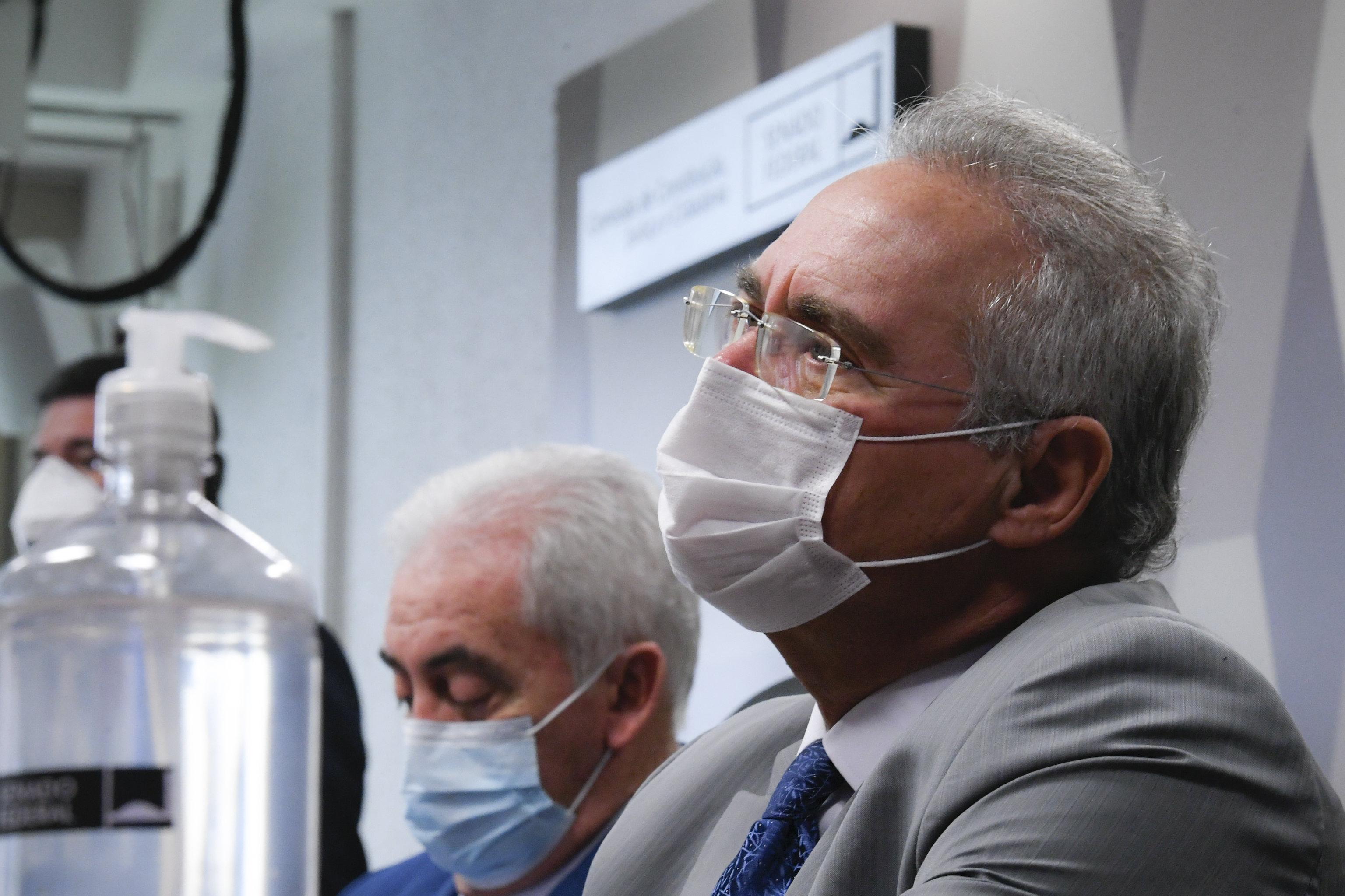 Depoimentos indicam ministério paralelo da Saúde, diz Renan