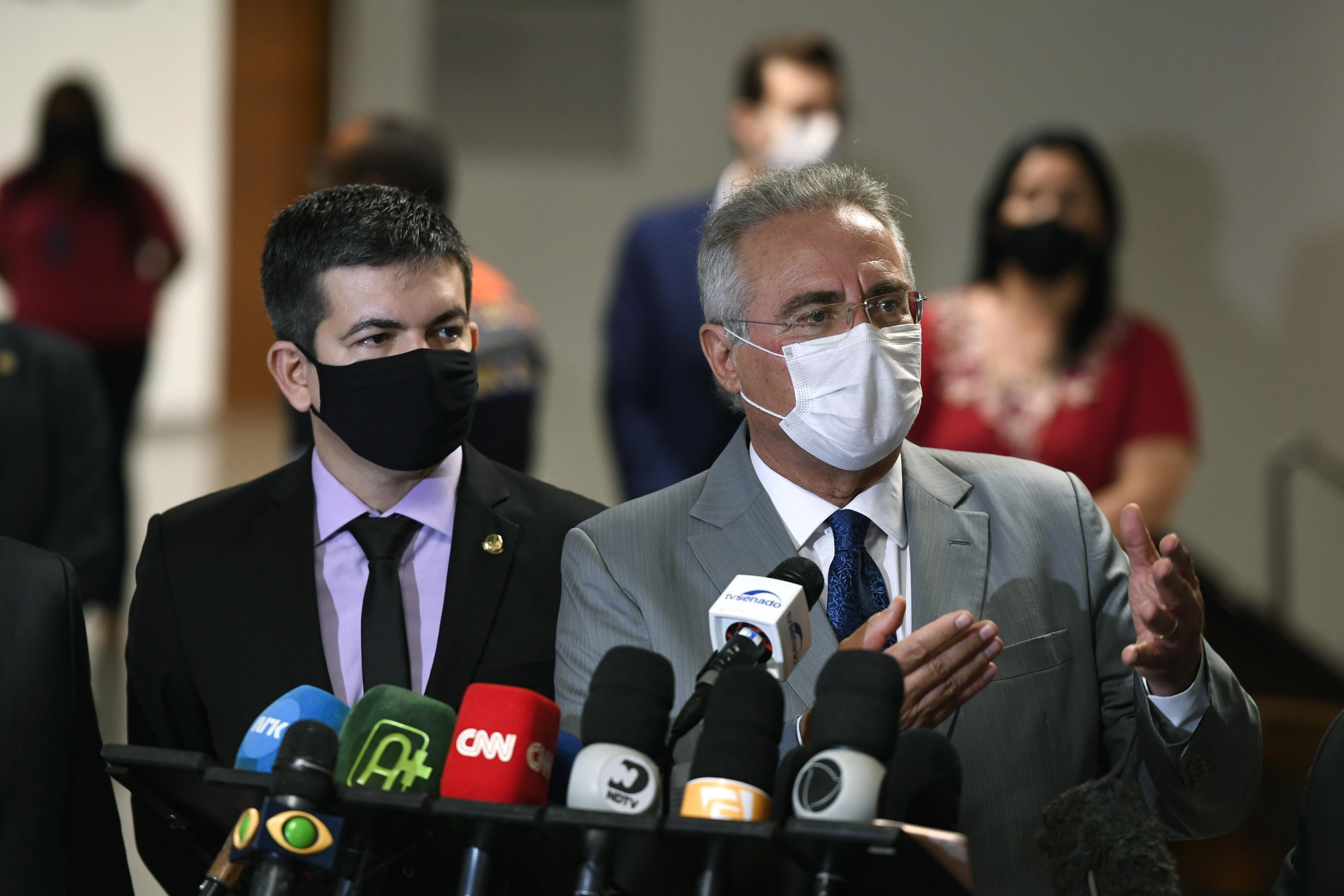 """IMAGEM: """"Mais da metade da investigação já está comprovada"""", diz Renan"""