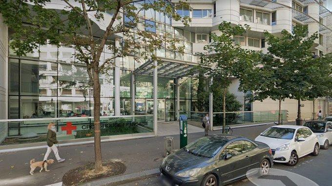 IMAGEM: Tiroteio em frente a hospital em Paris deixa um morto e um ferido