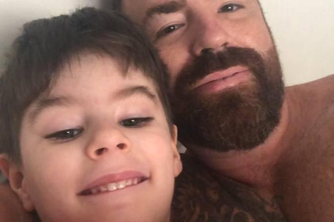 """IMAGEM: """"Meu filhinho deve ter sofrido muito"""", diz pai do menino Henry"""