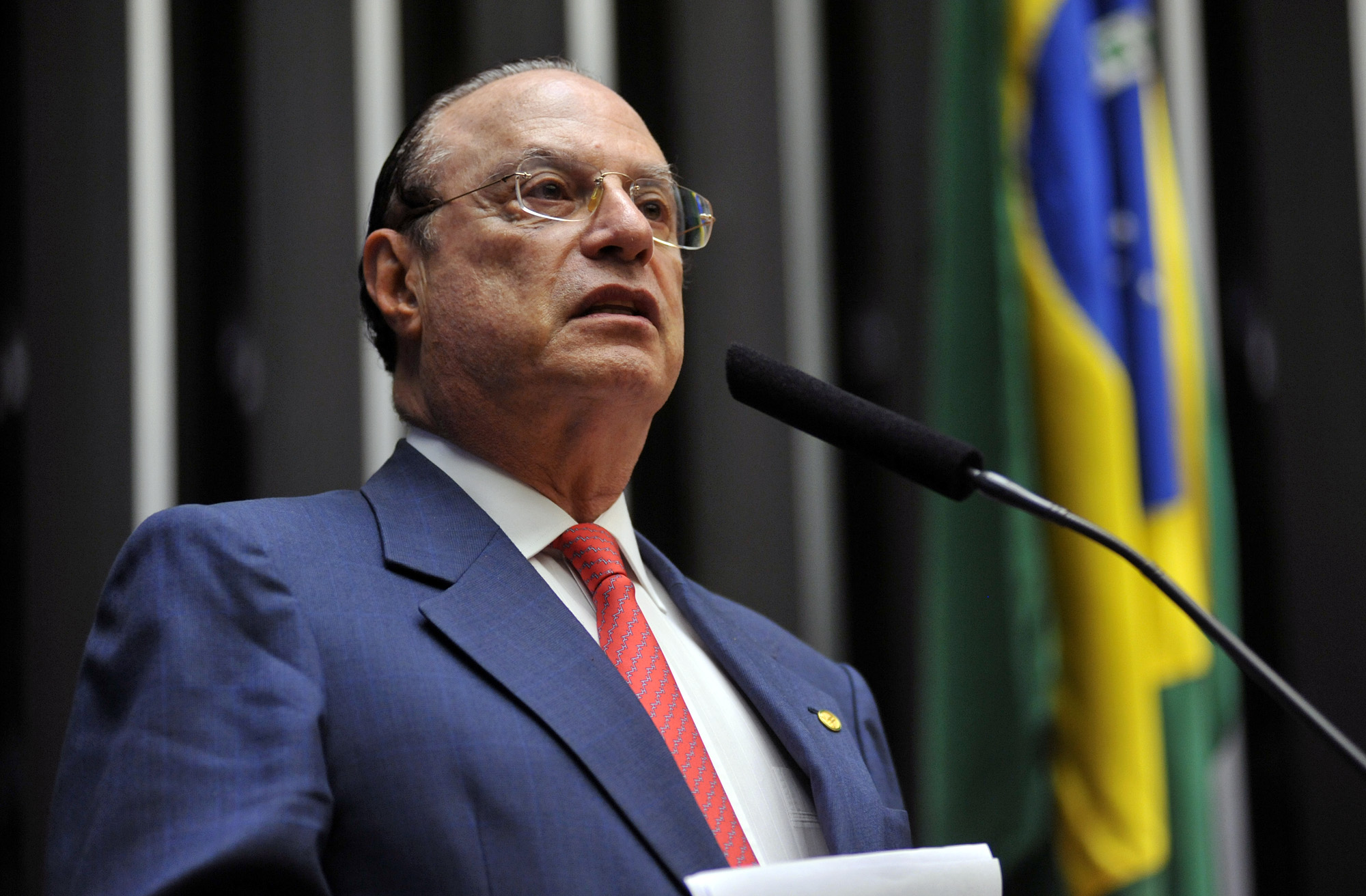 IMAGEM: Defesa diz que Maluf tem demência e Alzheimer; Fachin pede perícia