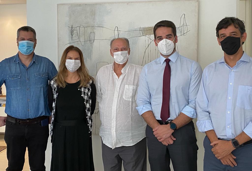 IMAGEM: Eduardo Leite se reúne com presidente do Cidadania, que não desistiu de Huck