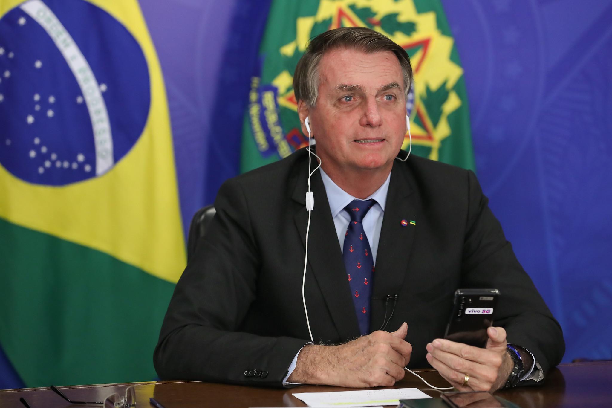 IMAGEM: Fundador da Anvisa apresenta queixa-crime contra autoridades federais por resposta à pandemia