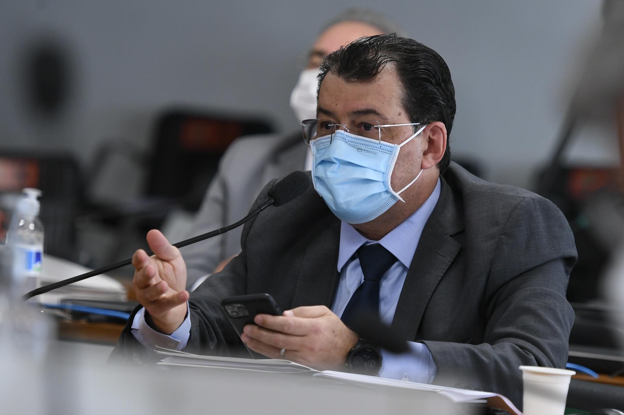 """IMAGEM: Eduardo Braga: """"Enfrenta-se bandido com repressão organizada e inteligência"""""""